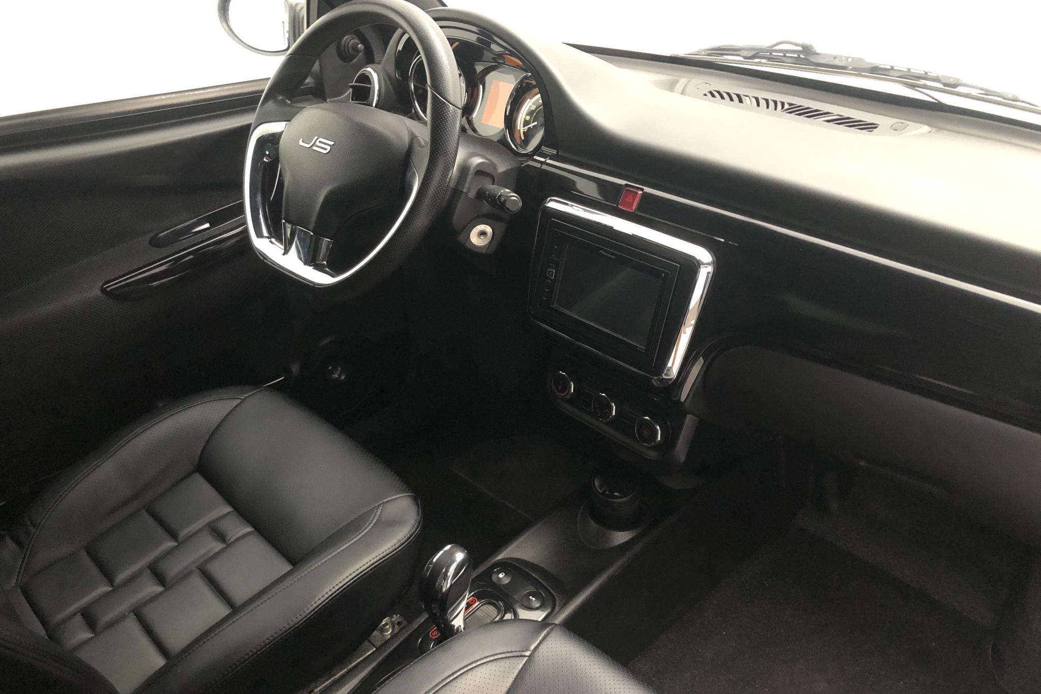 LIGIER JS50 Mopedbil - 4 112 mil - Automat - 2017
