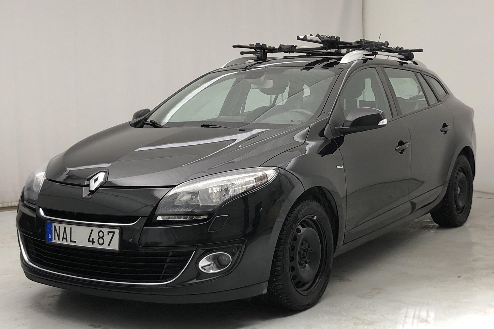 Renault Mégane Phas III 1.6 dCi Sports Tourer (130hk) - 17 184 mil - Manuell - svart - 2013