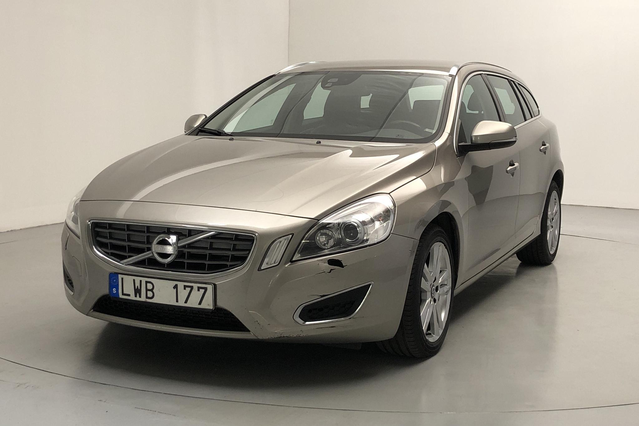 Volvo V60 1.6D DRIVe (115hk) - 16 032 mil - Manuell - Light Brown - 2012