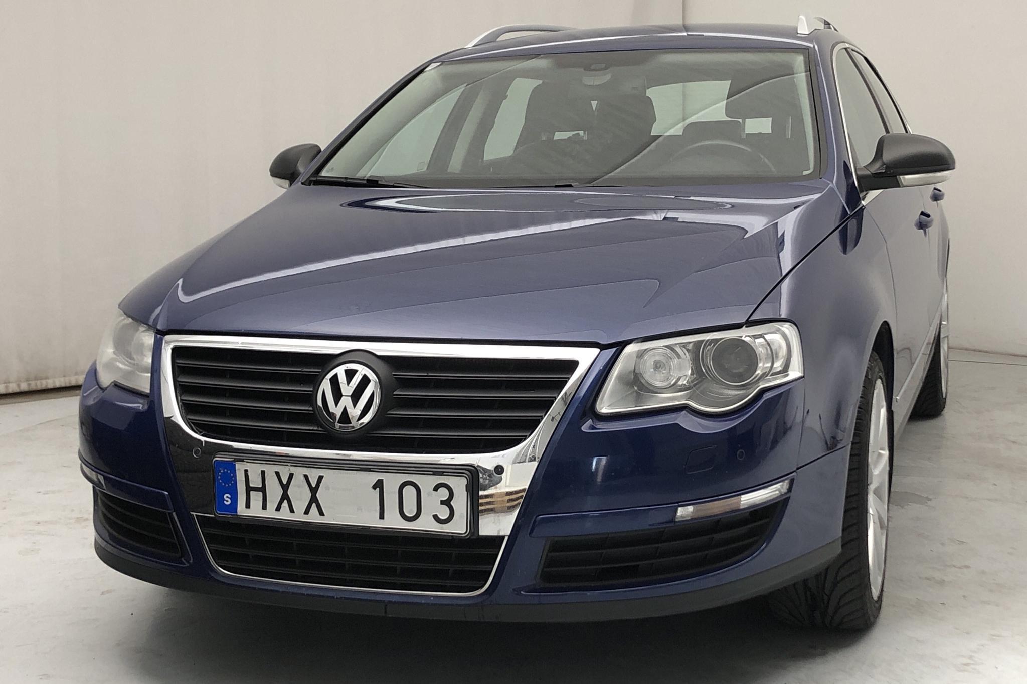 VW Passat 2.0 TDI Variant (170hk) - 186 110 km - Automatic - Light Blue - 2009