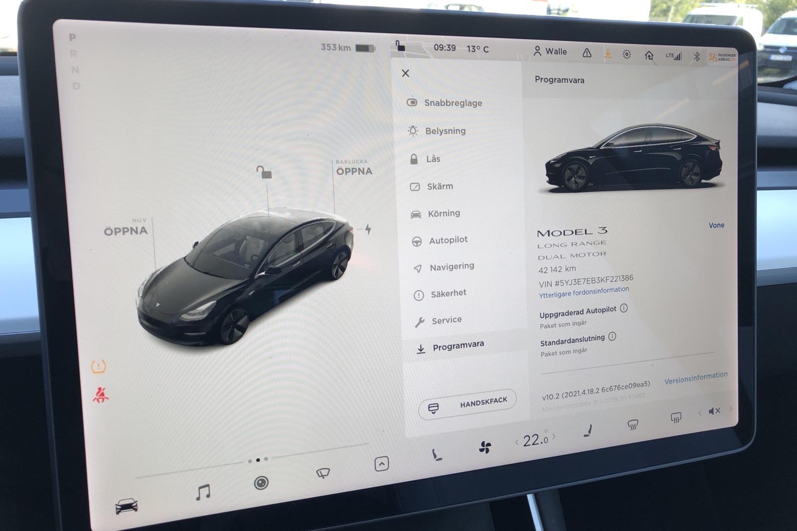 Tesla Model 3 Long Range AWD - 4 214 mil - Automat - svart - 2019