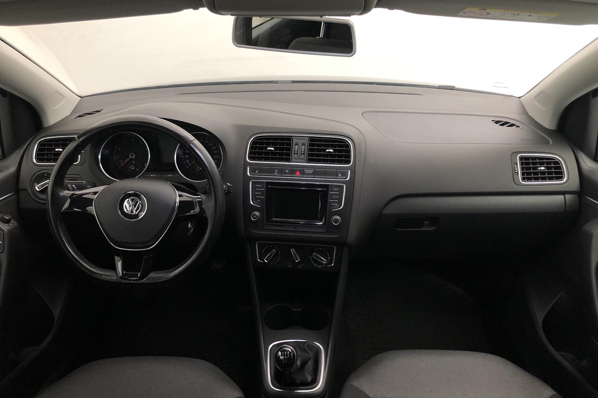 VW Polo 1.2 TSI 5dr (90hk) - 6 108 mil - Manuell - svart - 2016