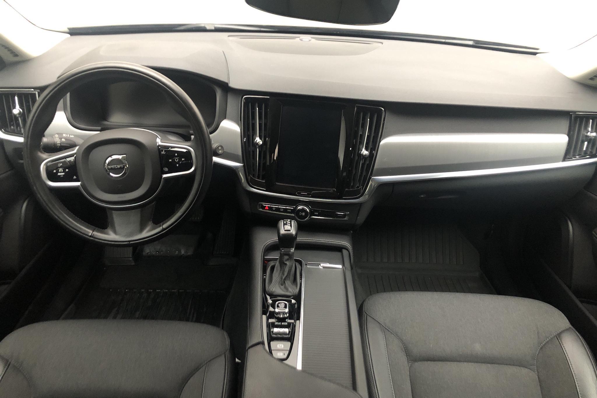 Volvo V90 D4 (190hk) - 8 343 mil - Automat - svart - 2018