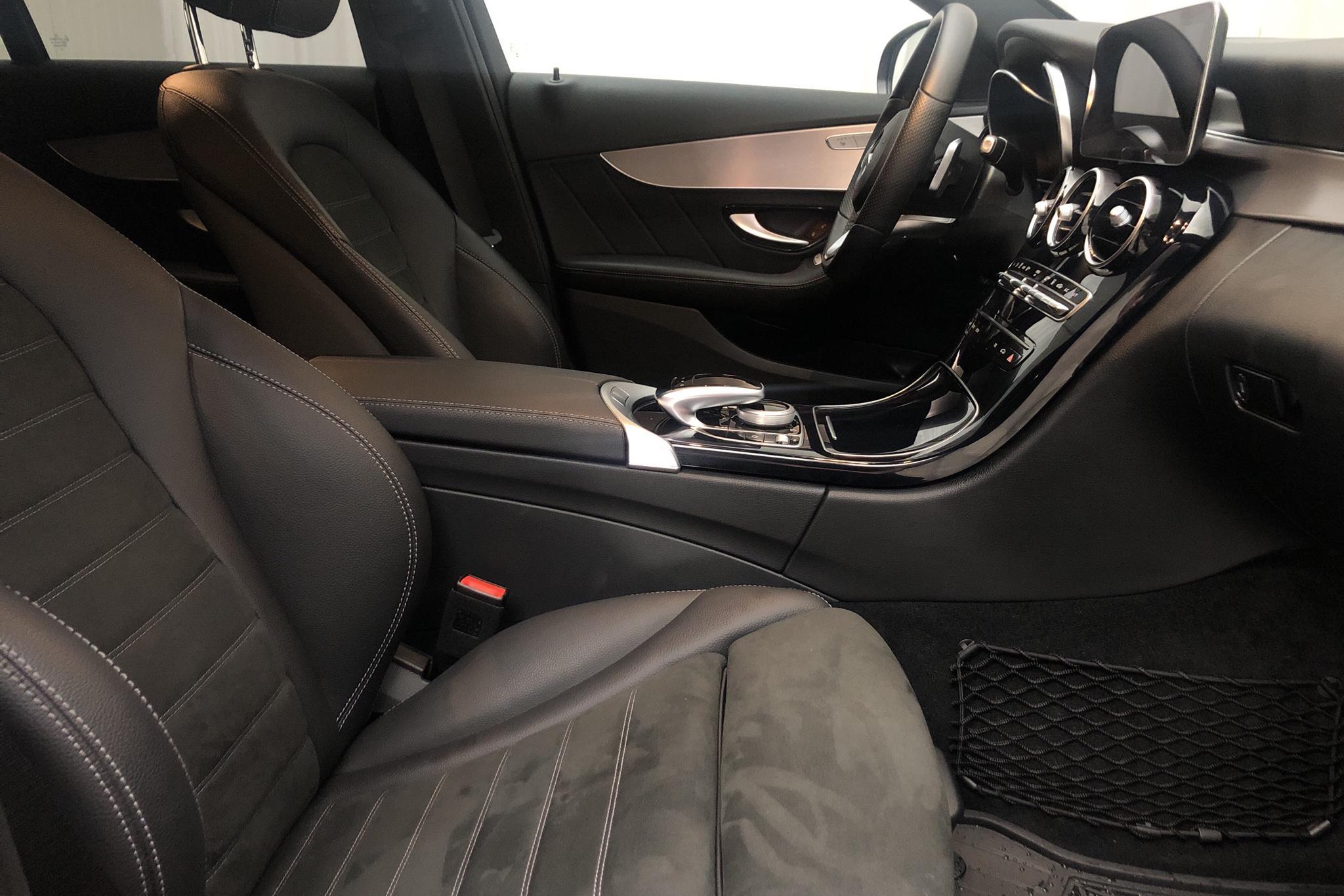 Mercedes C 300 e Kombi S205 (320hk) - 26 490 km - Automatic - black - 2021
