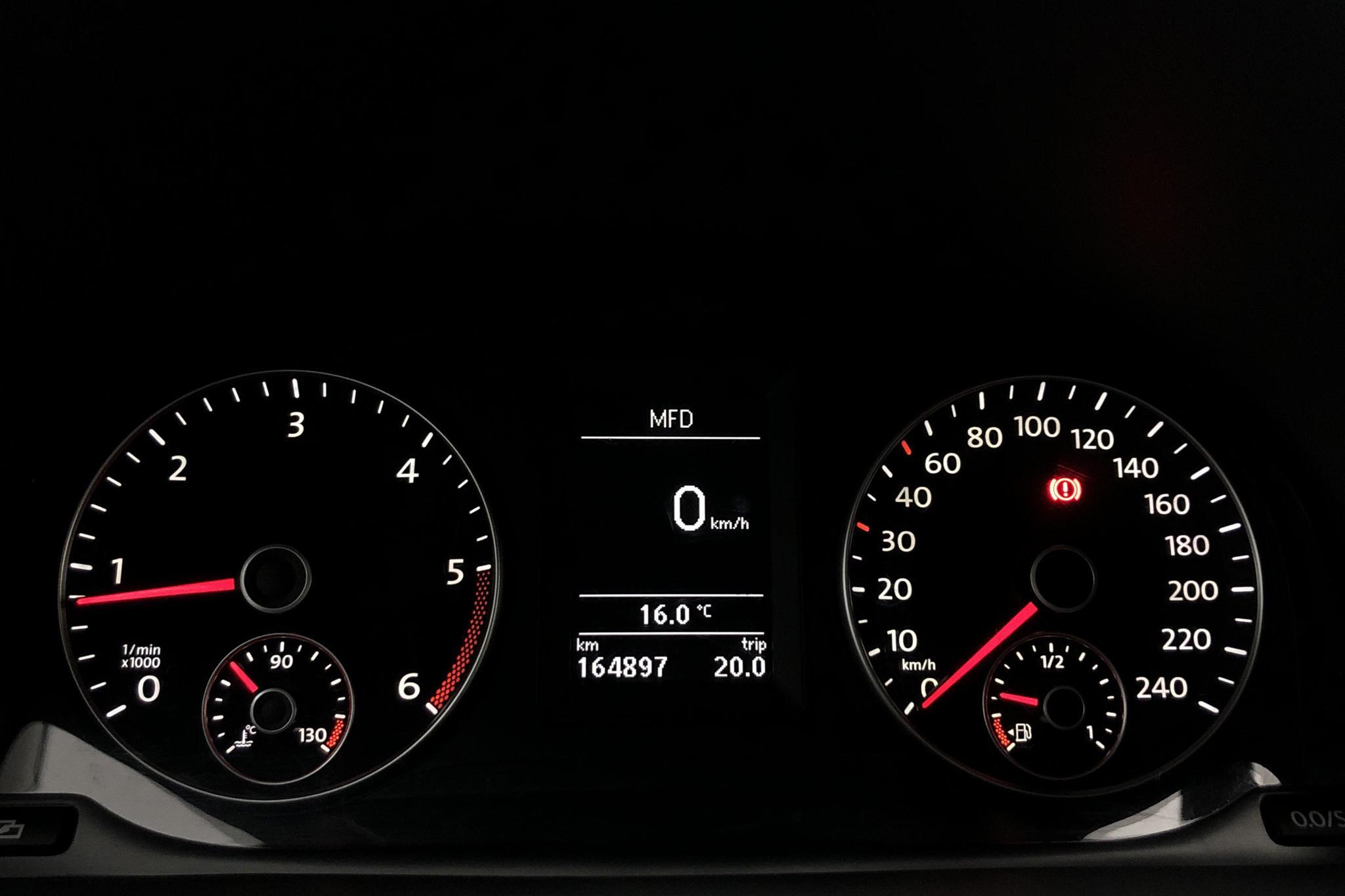 VW Caddy 1.6 TDI Skåp (75hk) - 164 890 km - Manual - white - 2011