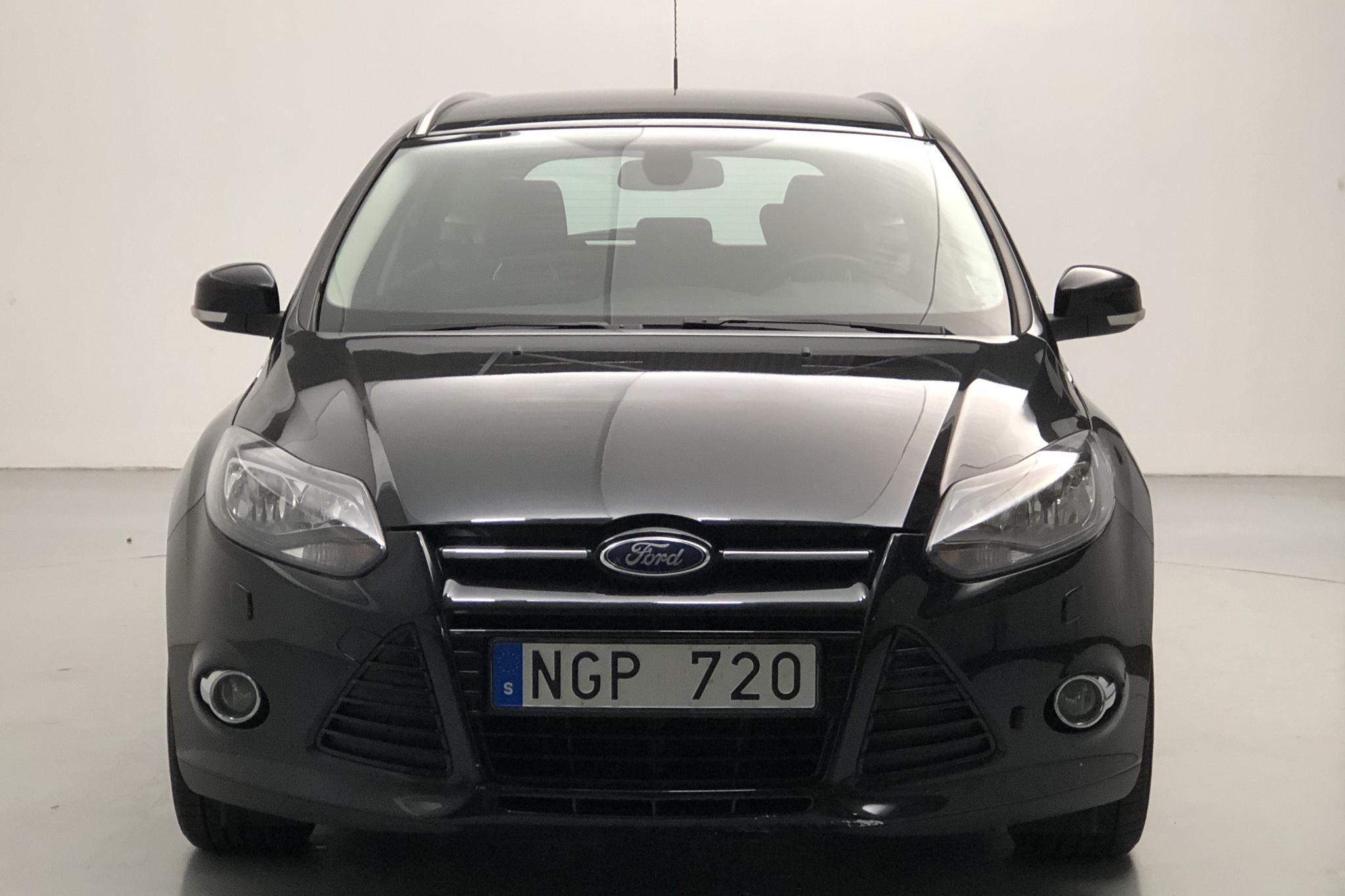 Ford Focus 1.0 EcoBoost Kombi (125hk) - 9 045 mil - Manuell - svart - 2013