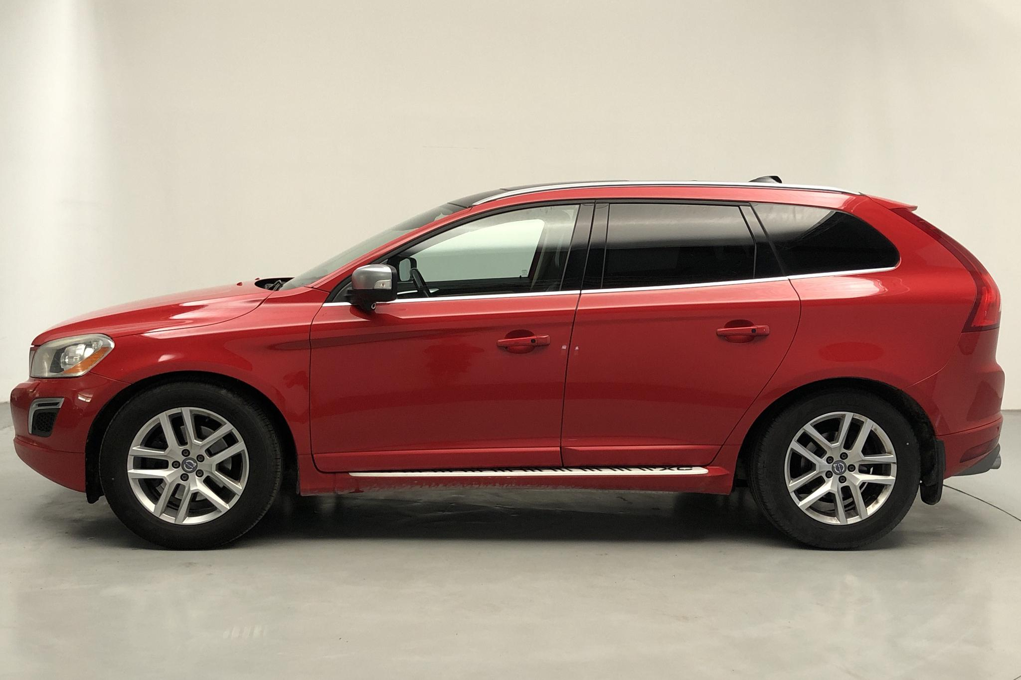 Volvo XC60 D5 AWD (205hk) - 399 320 km - Automatic - red - 2010