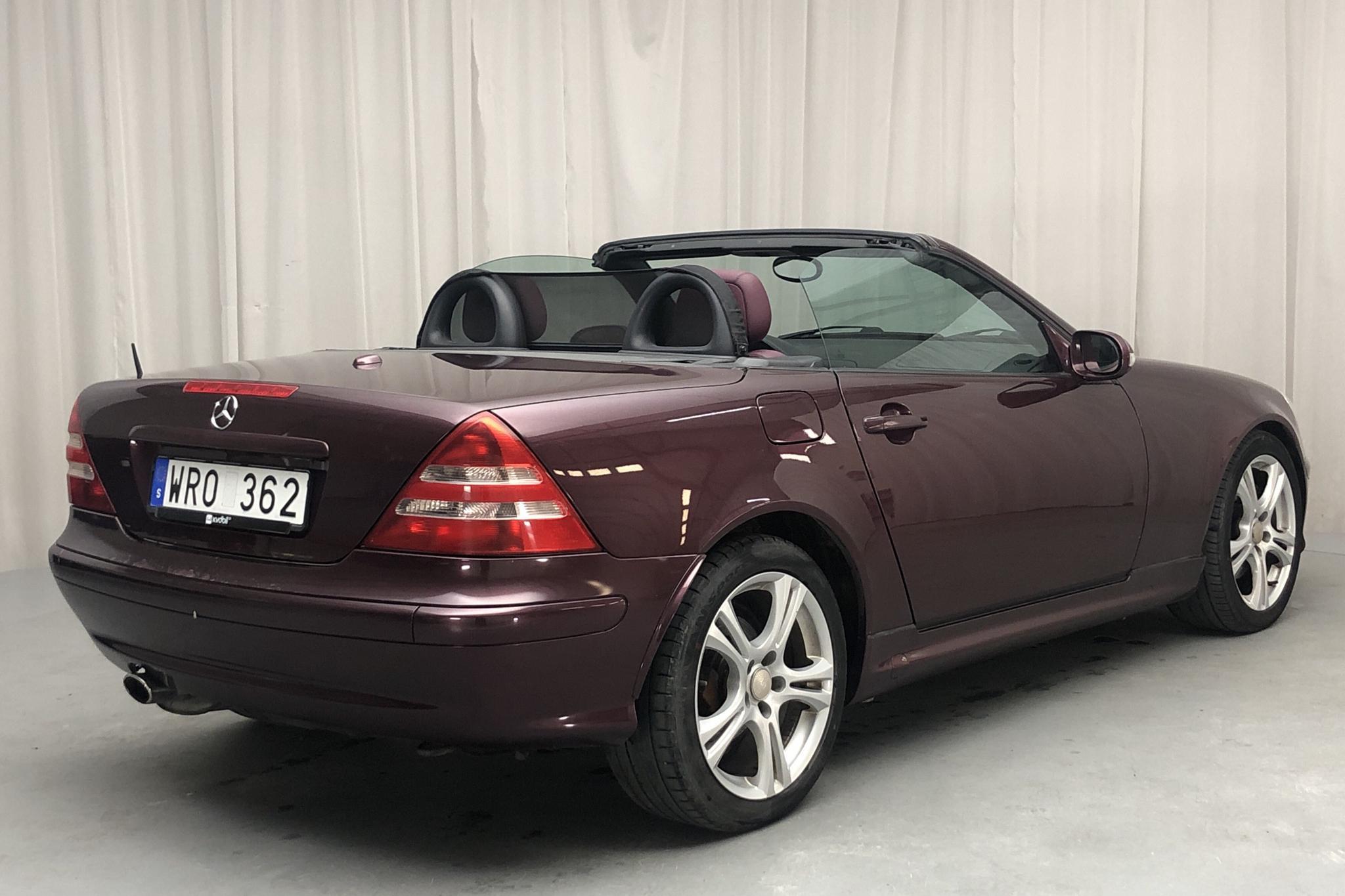 Mercedes SLK 320 R170 (218hk) - 12 161 mil - Manuell - röd - 2001