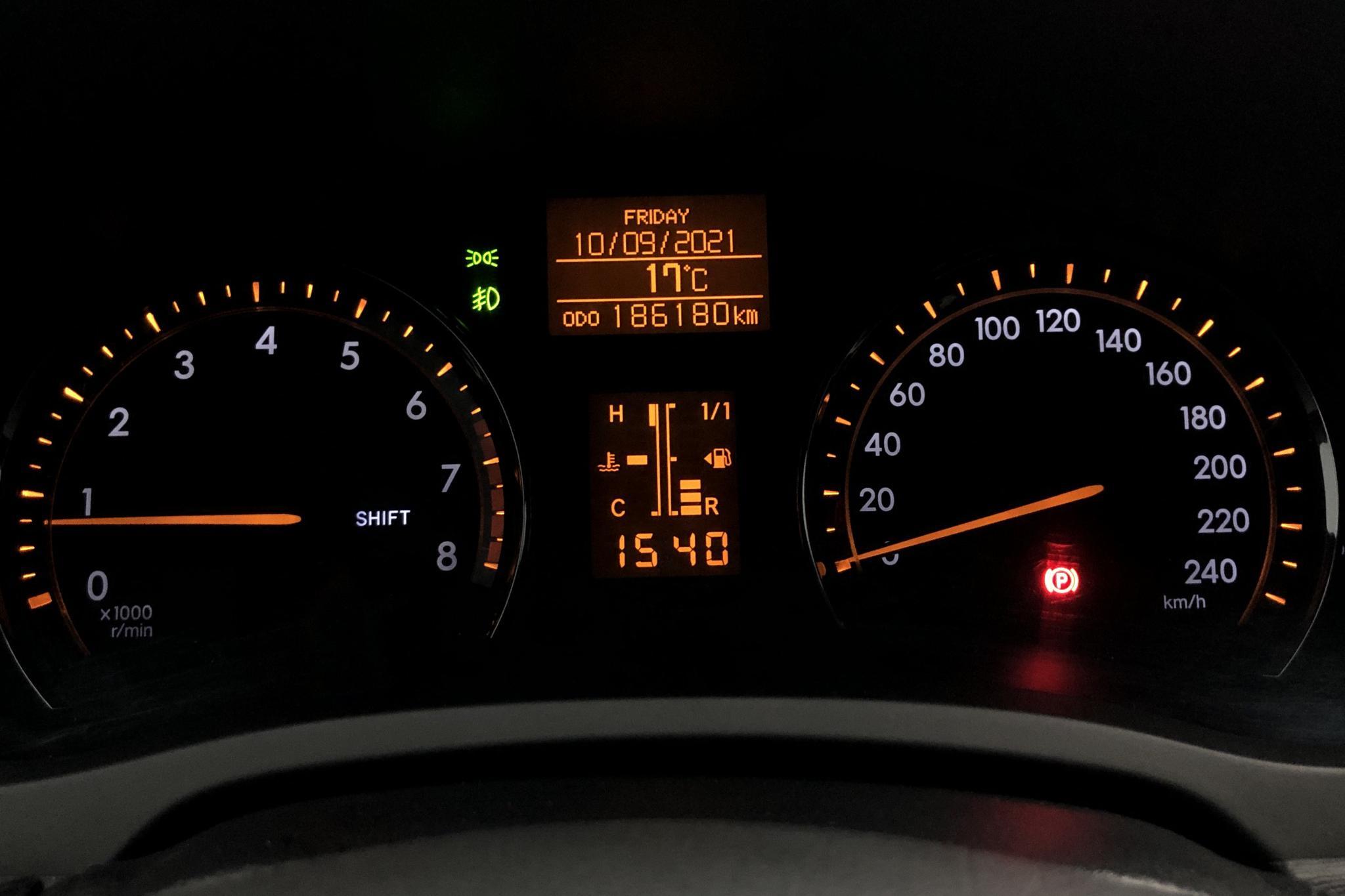 Toyota Avensis 1.8 Kombi (147hk) - 186 180 km - Manual - Dark Blue - 2010