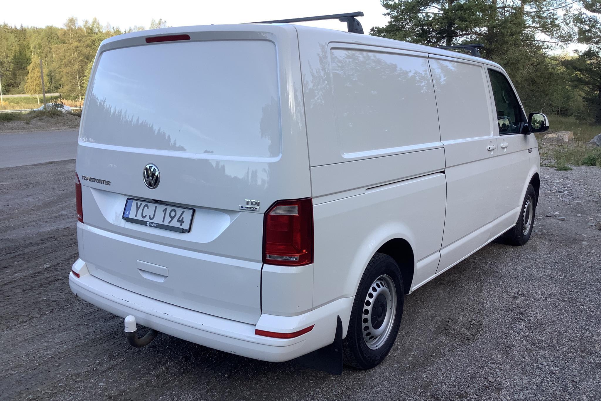 VW Transporter T6 2.0 TDI BMT Skåp (102hk) - 13 542 mil - Manuell - vit - 2016