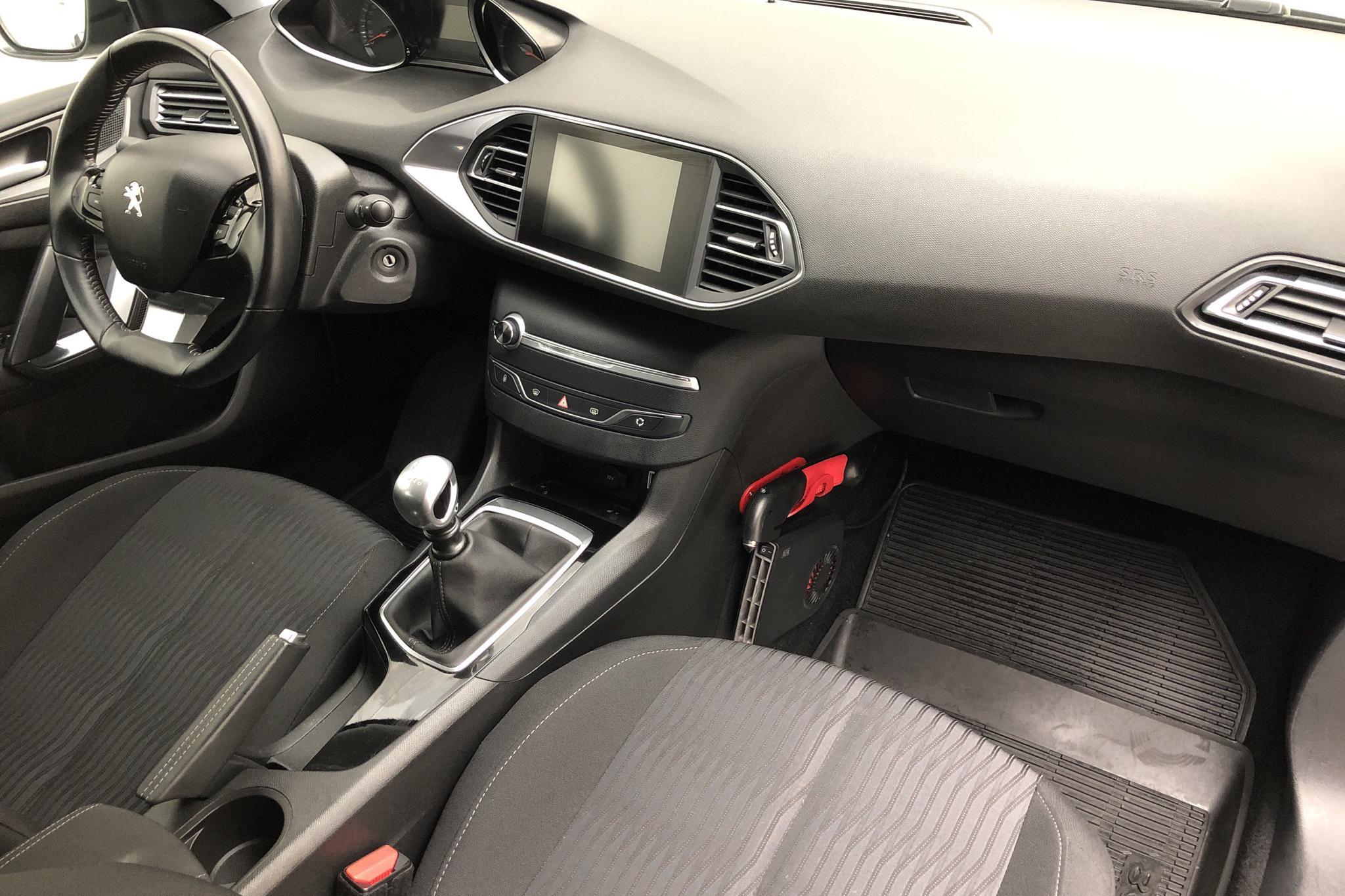 Peugeot 308 SW BlueHDi (120hk) - 1 148 mil - Manuell - Light Grey - 2017