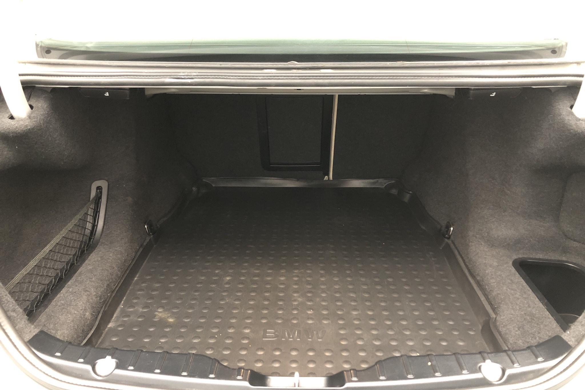 BMW 530d xDrive Sedan, F10 (258hk) - 10 504 mil - Automat - Light Grey - 2013