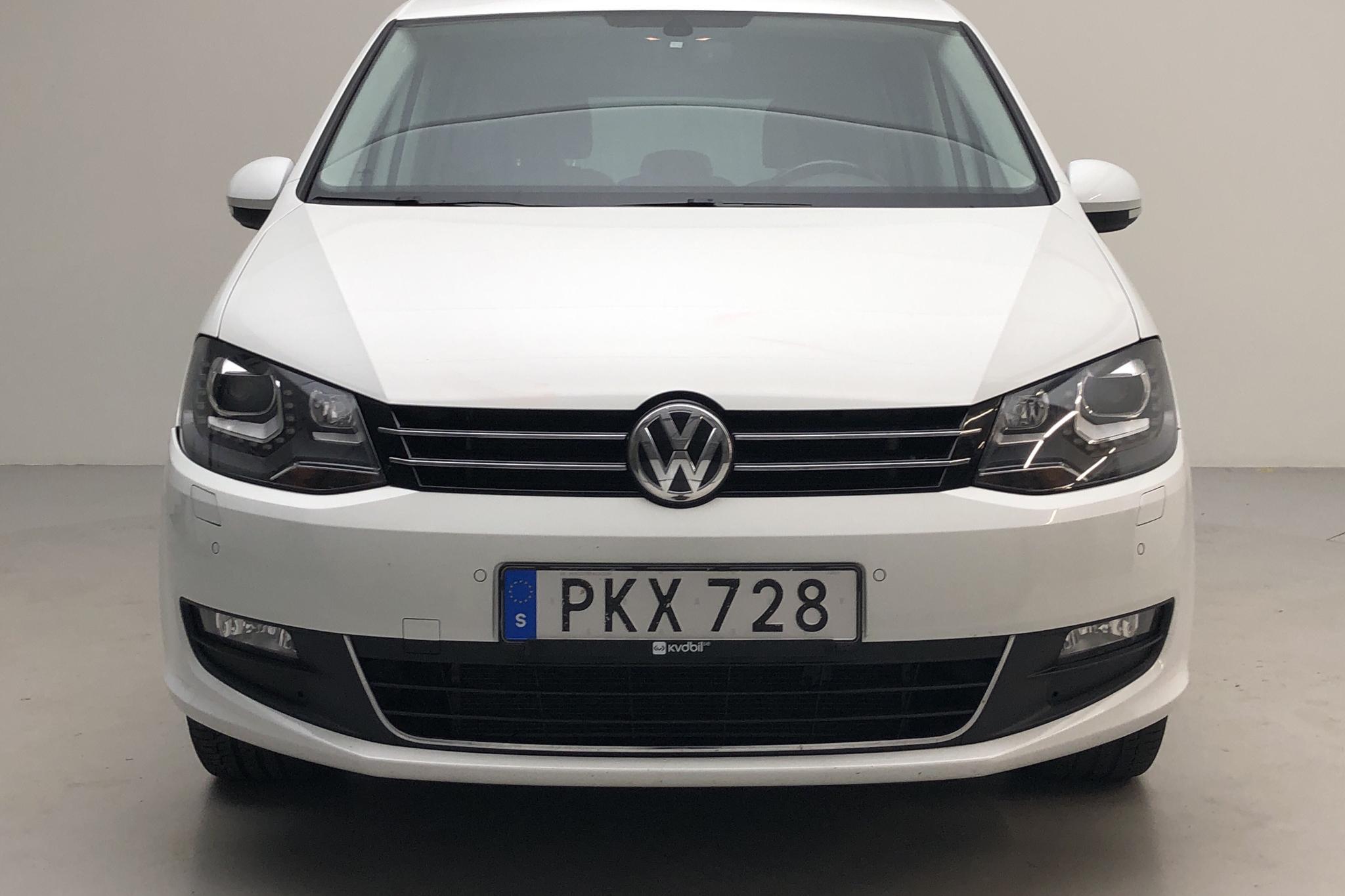 VW Sharan 2.0 TDI (150hk) - 10 405 mil - Automat - vit - 2017