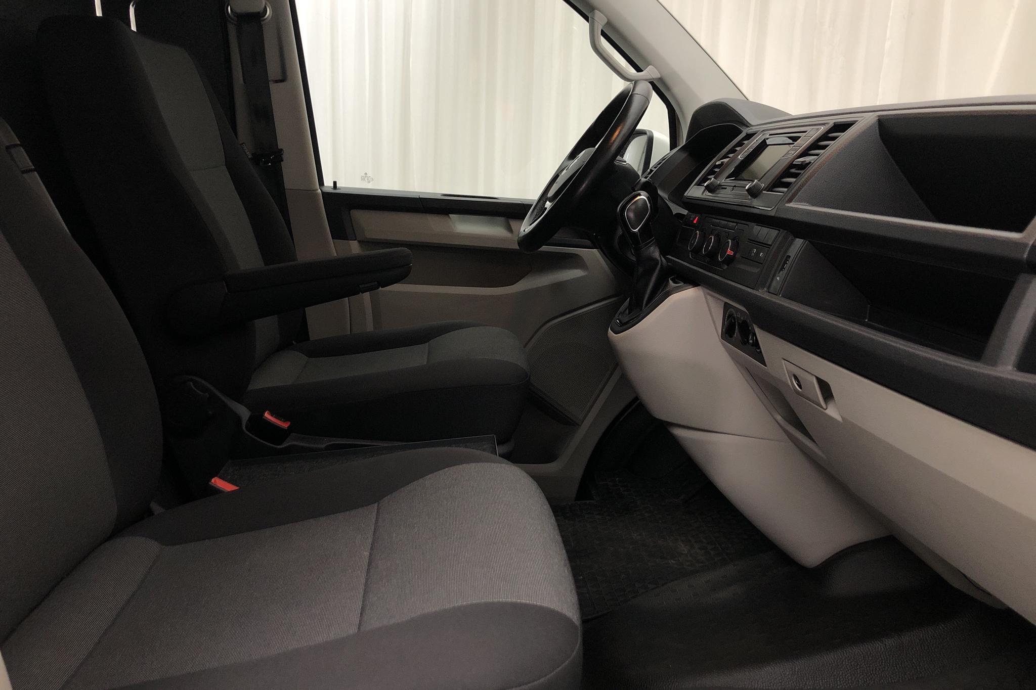 VW Transporter T6 2.0 TDI BMT Skåp (150hk) - 11 280 mil - Automat - vit - 2017