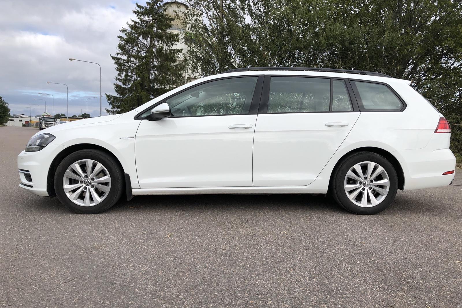 VW Golf VII 1.4 TGI BlueMotion Sportscombi (110hk) - 85 300 km - Manual - white - 2018