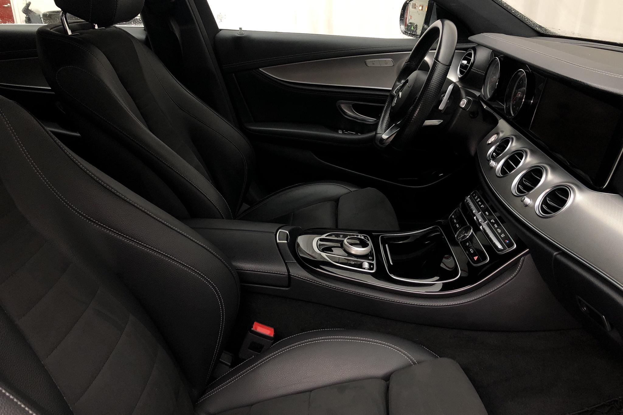 Mercedes E 220 d Sedan W213 (194hk) - 80 810 km - Automatic - gray - 2018