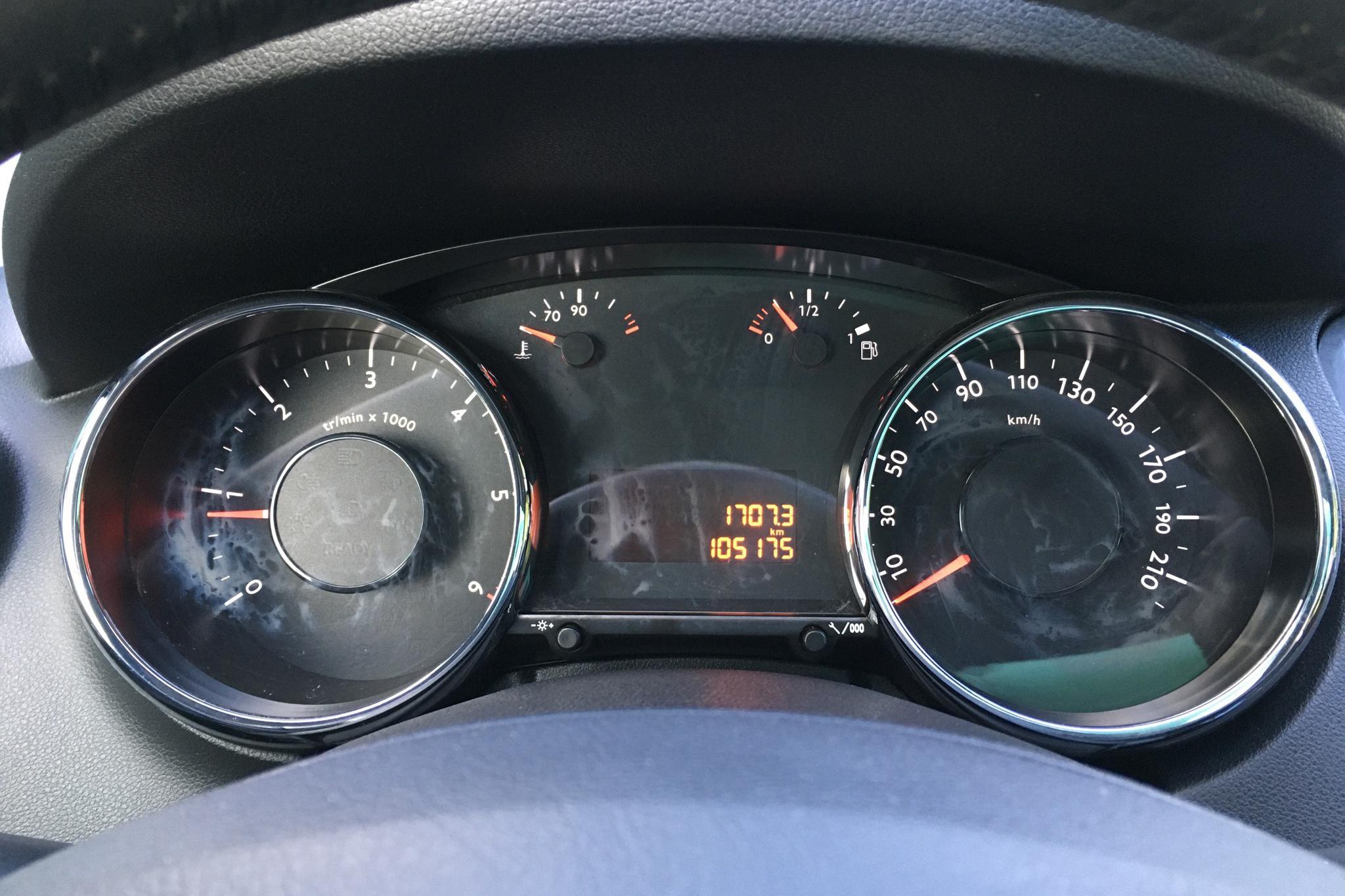 Peugeot 5008 1.6 HDI (115hk) - 10 517 mil - Manuell - Light Grey - 2014