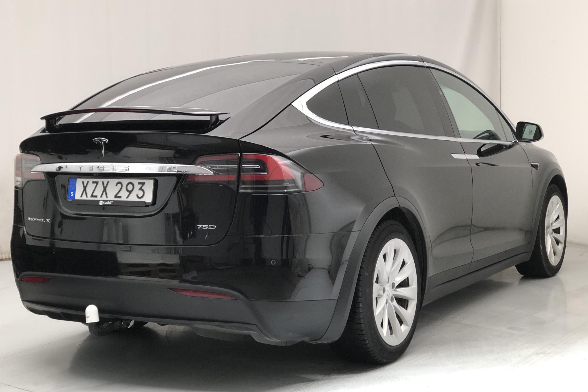 Tesla Model X 75D - 10 919 mil - Automat - svart - 2017