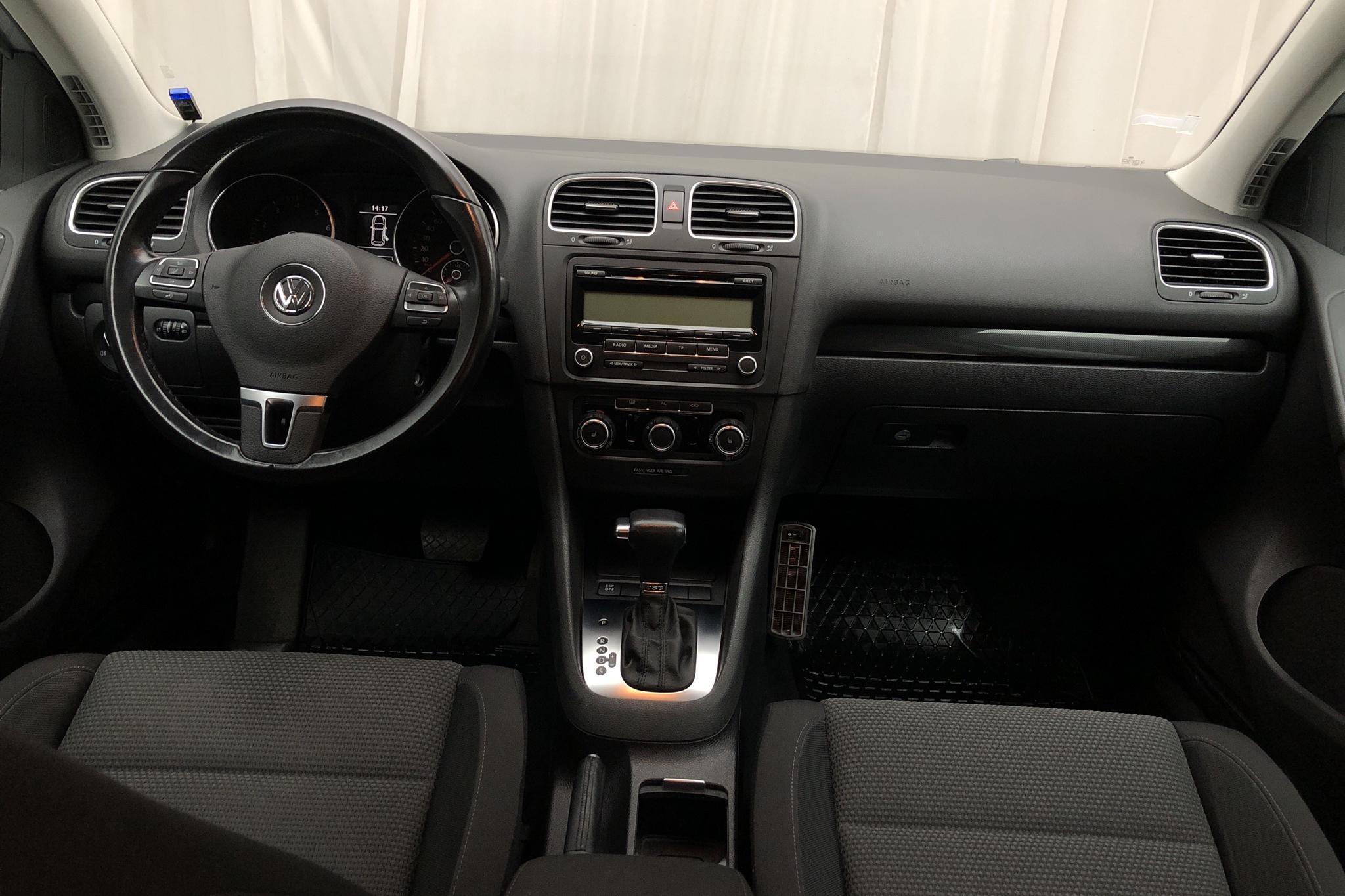 VW Golf VI 1.4 TSI 5dr (122hk) - 126 950 km - Automatic - silver - 2010