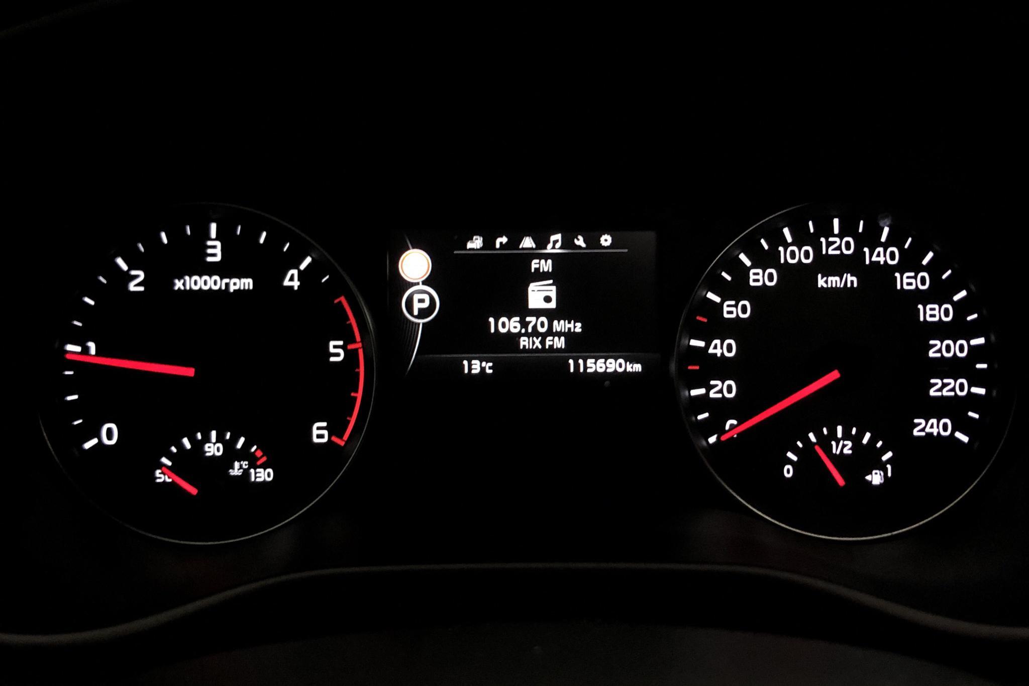 KIA Sportage 2.0 CRDi AWD (184hk) - 11 569 mil - Automat - röd - 2016