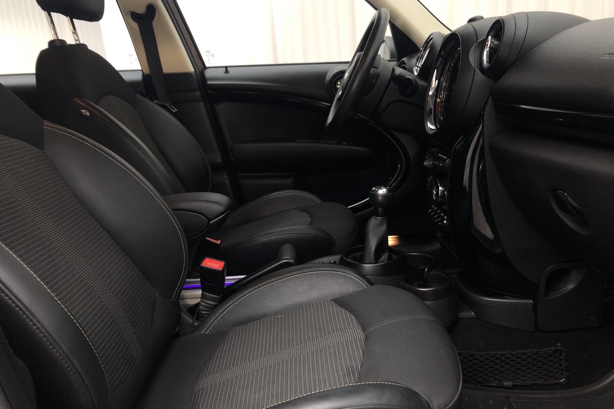 MINI Cooper D ALL4 Countryman (112hk) - 4 305 mil - Manuell - brun - 2016