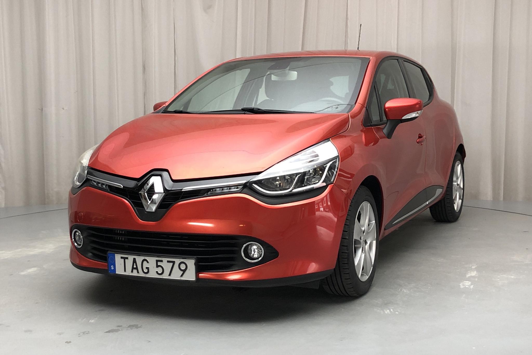 Renault Clio IV 0.9 TCe 90 5dr (90hk) - 3 128 mil - Manuell - röd - 2014