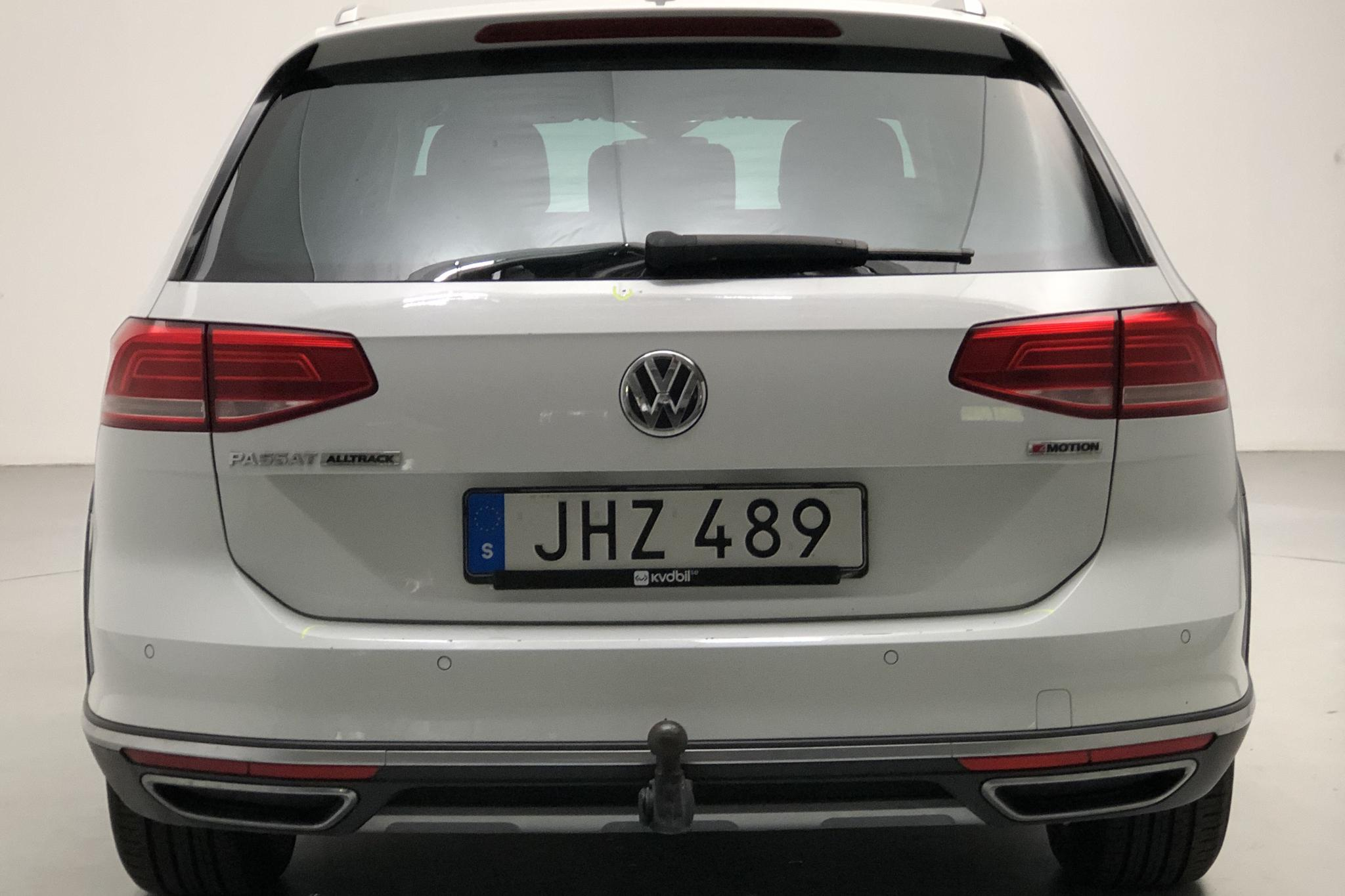 VW Passat 2.0 TDI Sportscombi 4MOTION (190hk) - 123 930 km - Automatic - white - 2018
