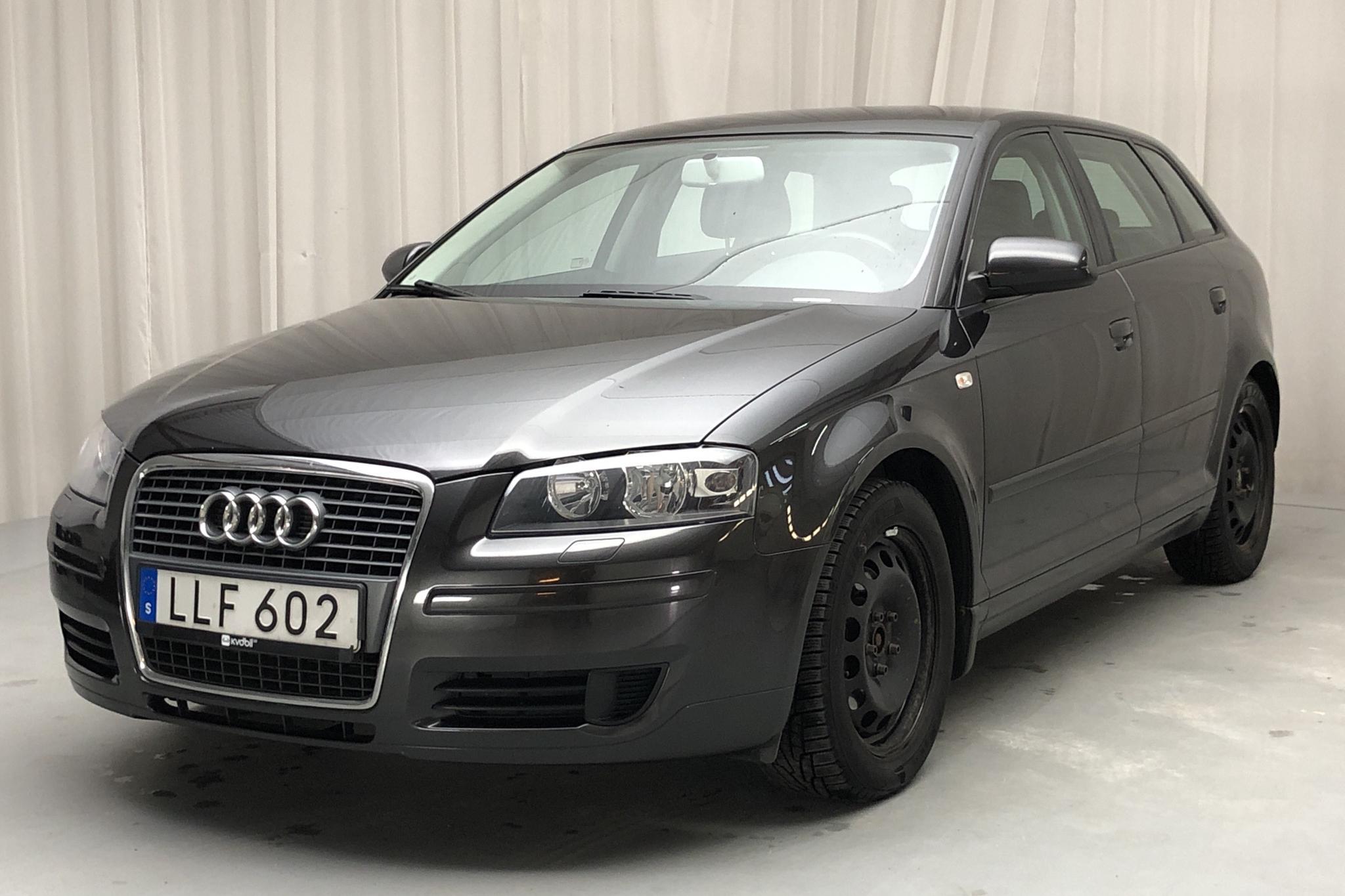 Audi A3 1.9 TDI Sportback (105hk) - 20 025 mil - Manuell - grå - 2008