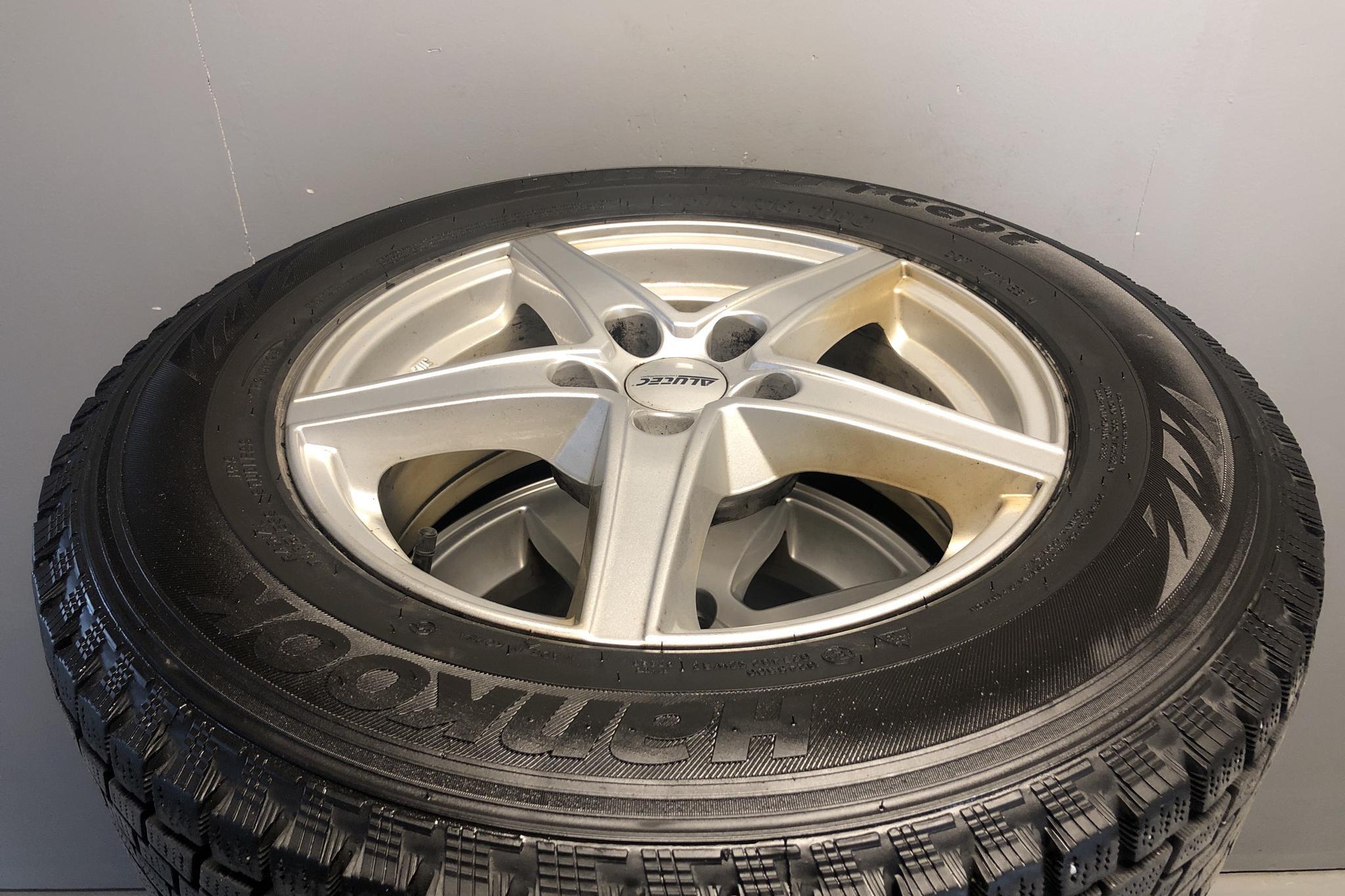 KIA Sportage 1.7 CRDi 2WD (115hk) - 20 921 mil - Manuell - Light Brown - 2013