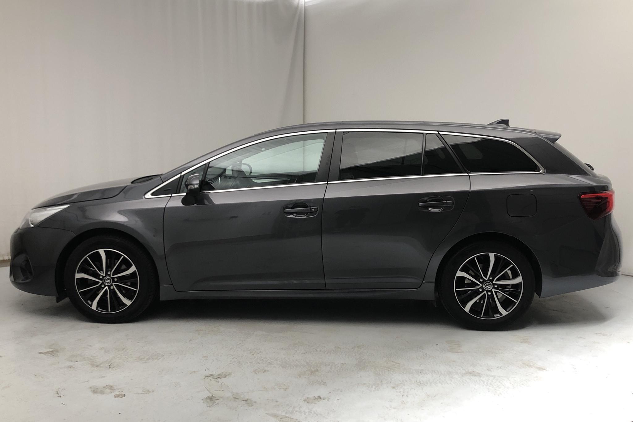 Toyota Avensis 1.8 Touring Sports (147hk) - 1 860 mil - Manuell - Dark Grey - 2018