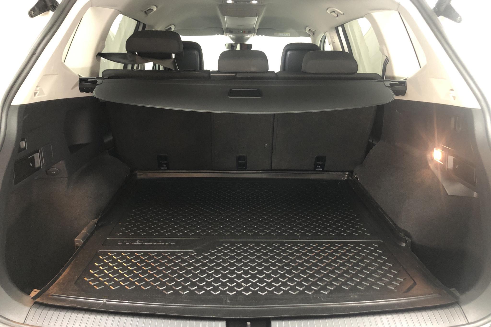 VW Tiguan Allspace 2.0 TDI 4MOTION (190hk) - 7 275 mil - Automat - vit - 2019