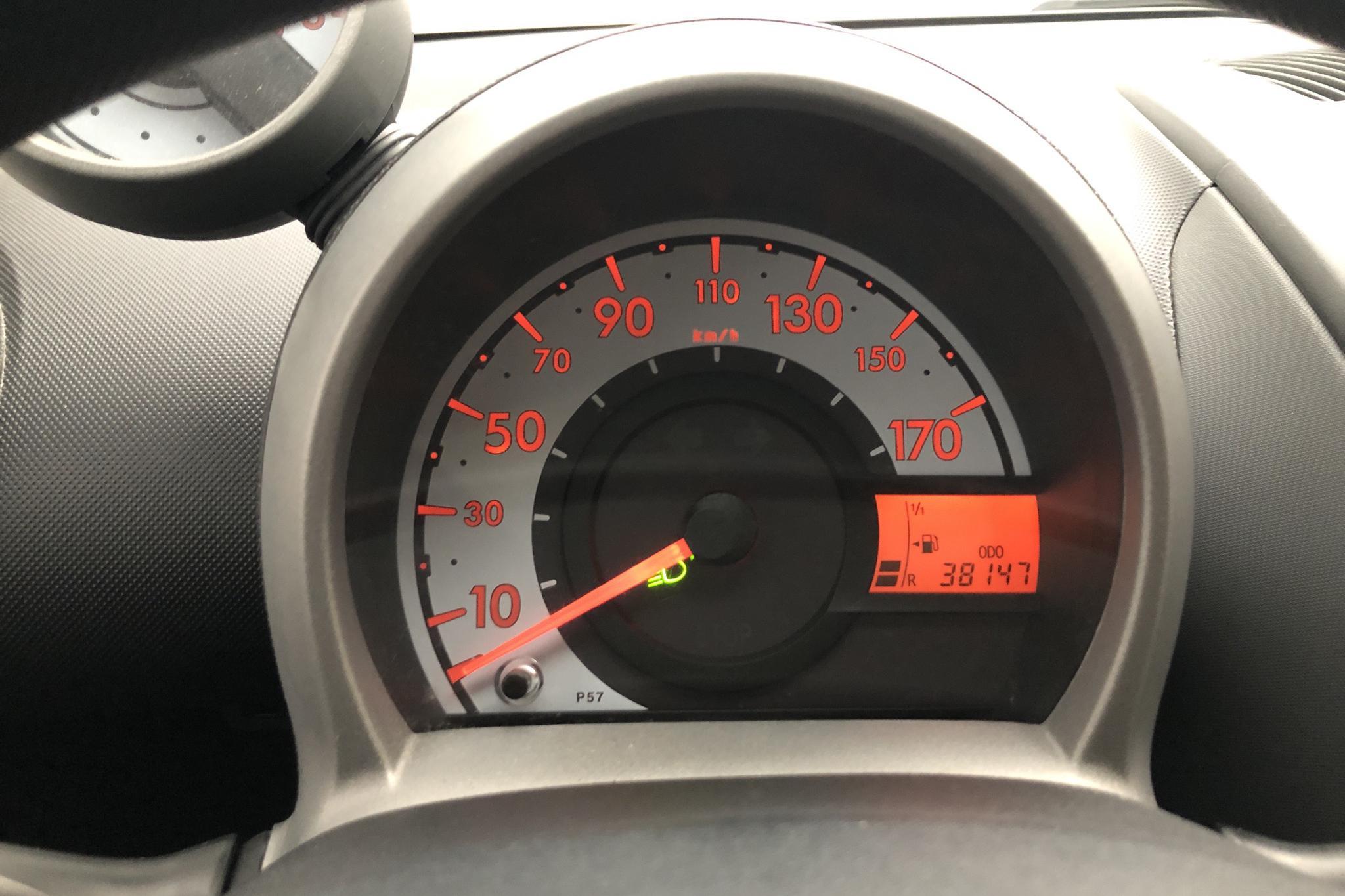 Toyota Aygo 1.0 VVT-i 5dr (68hk) - 38 150 km - Manual - Dark Grey - 2008