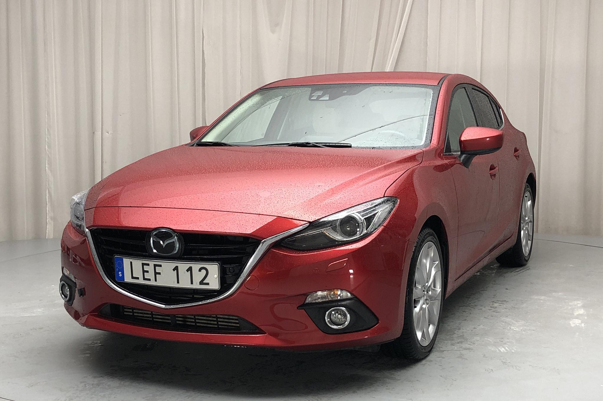 Mazda 3 2.2 DE 5dr (150hk) - 5 237 mil - Automat - röd - 2016