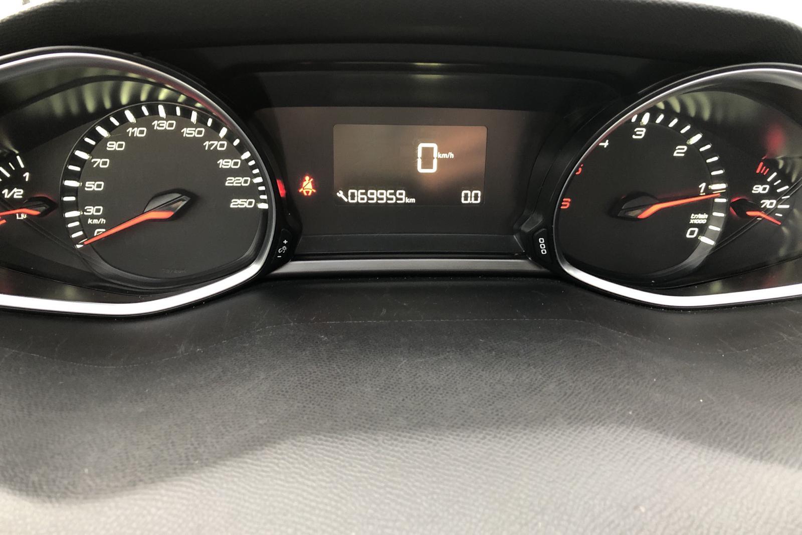 Peugeot 308 SW BlueHDi (120hk) - 69 950 km - Manual - white - 2017