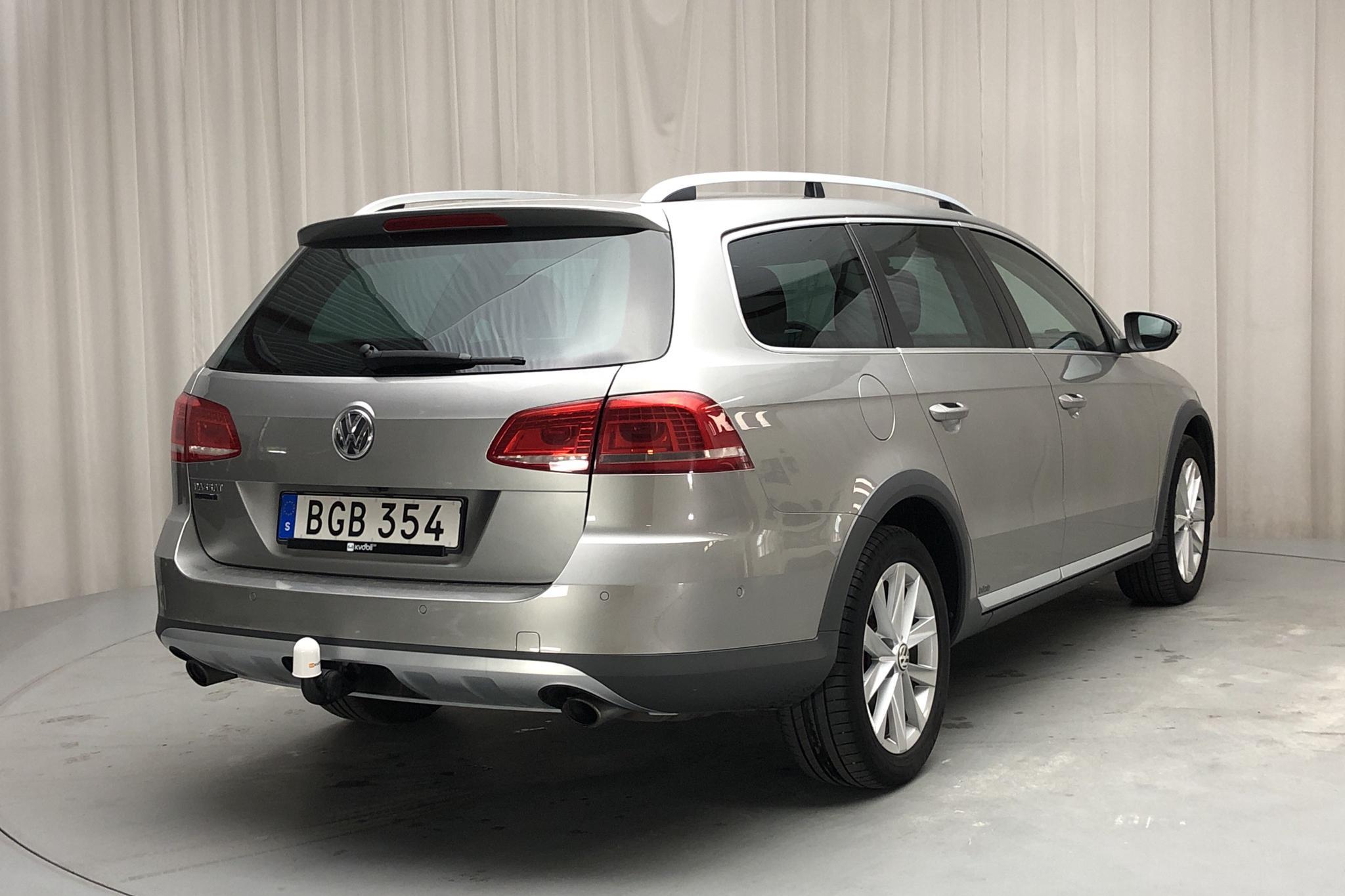 VW Passat Alltrack 2.0 TDI BlueMotion Technology 4Motion (177hk) - 13 887 mil - Automat - silver - 2014