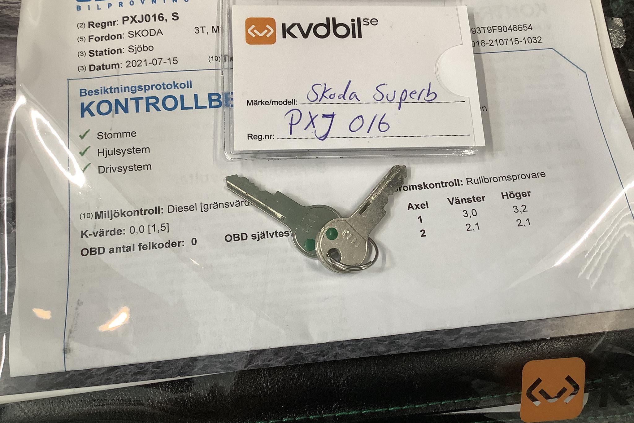 Skoda Superb 2.0 TDI Kombi (170hk) - 16 944 mil - Manuell - Light Brown - 2015