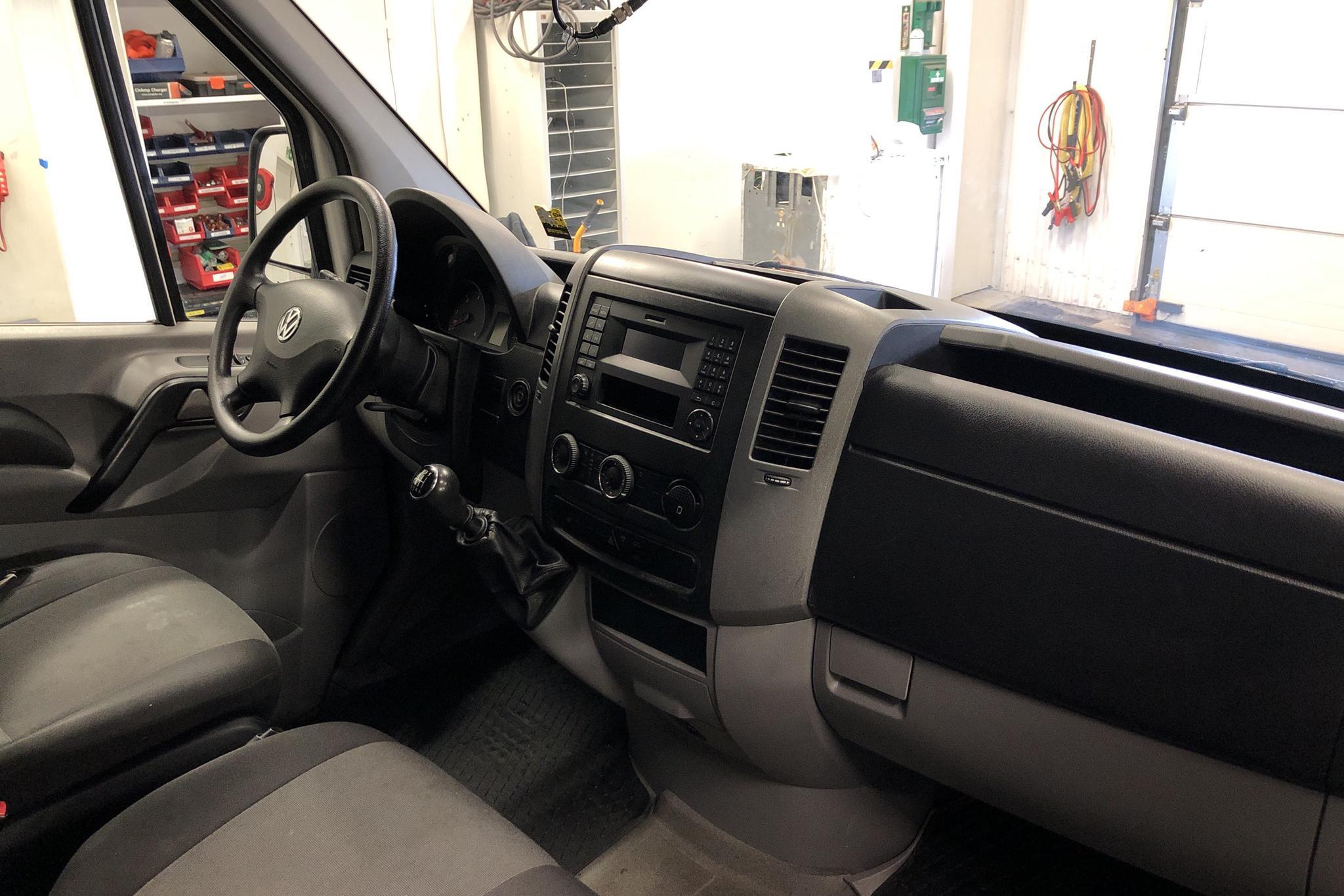 VW Crafter 35 2.0 TDI Skåp (163hk) - 6 961 mil - Manuell - vit - 2016