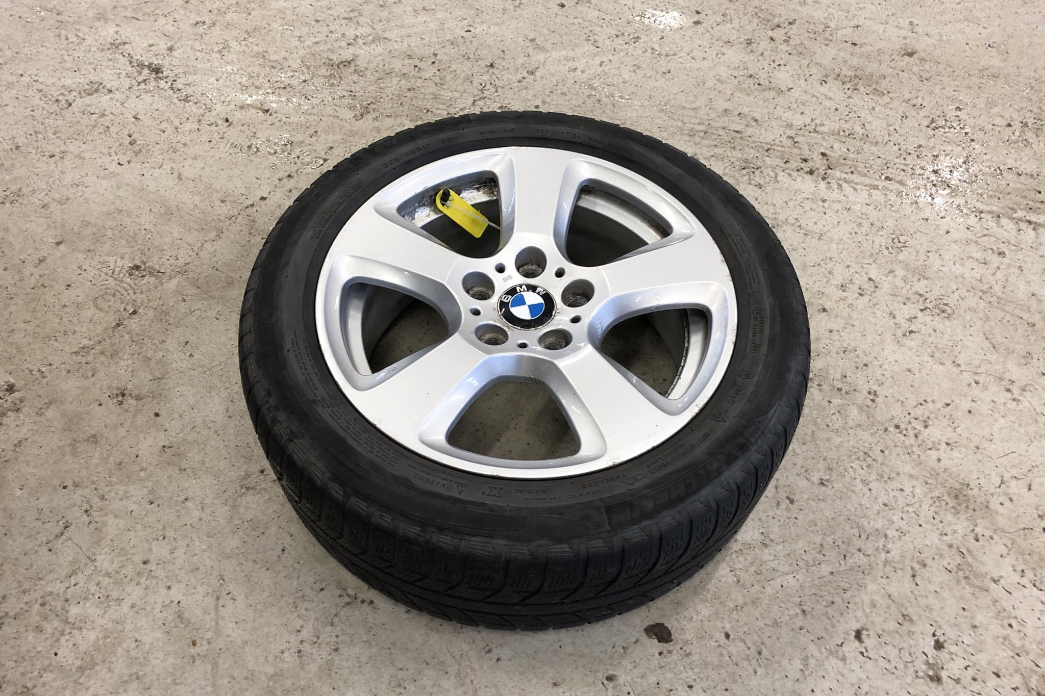 BMW 530xd Touring, E61 (235hk) - 28 395 mil - Automat - grå - 2007