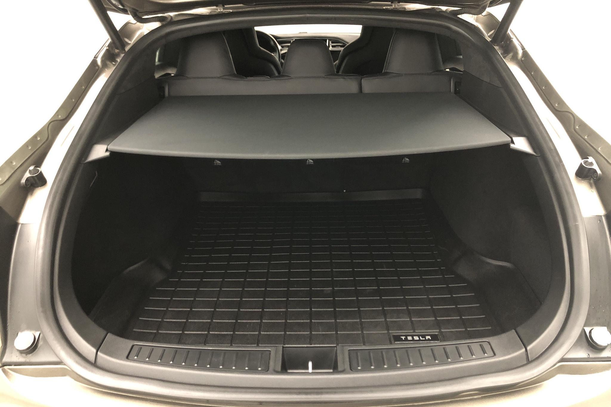 Tesla Model S 85D (380hk) - 12 622 mil - Automat - grå - 2015