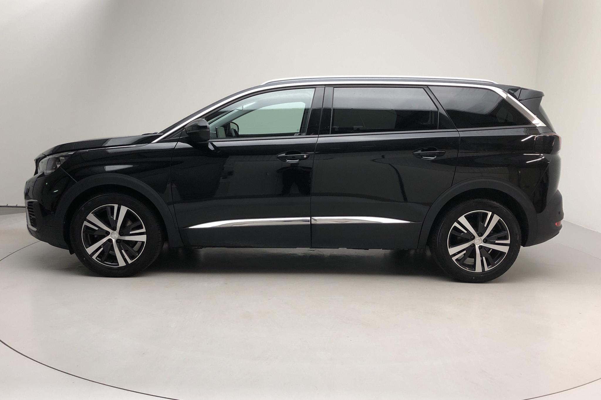 Peugeot 5008 1.6 PureTech (165hk) - 11 844 mil - Automat - 2018