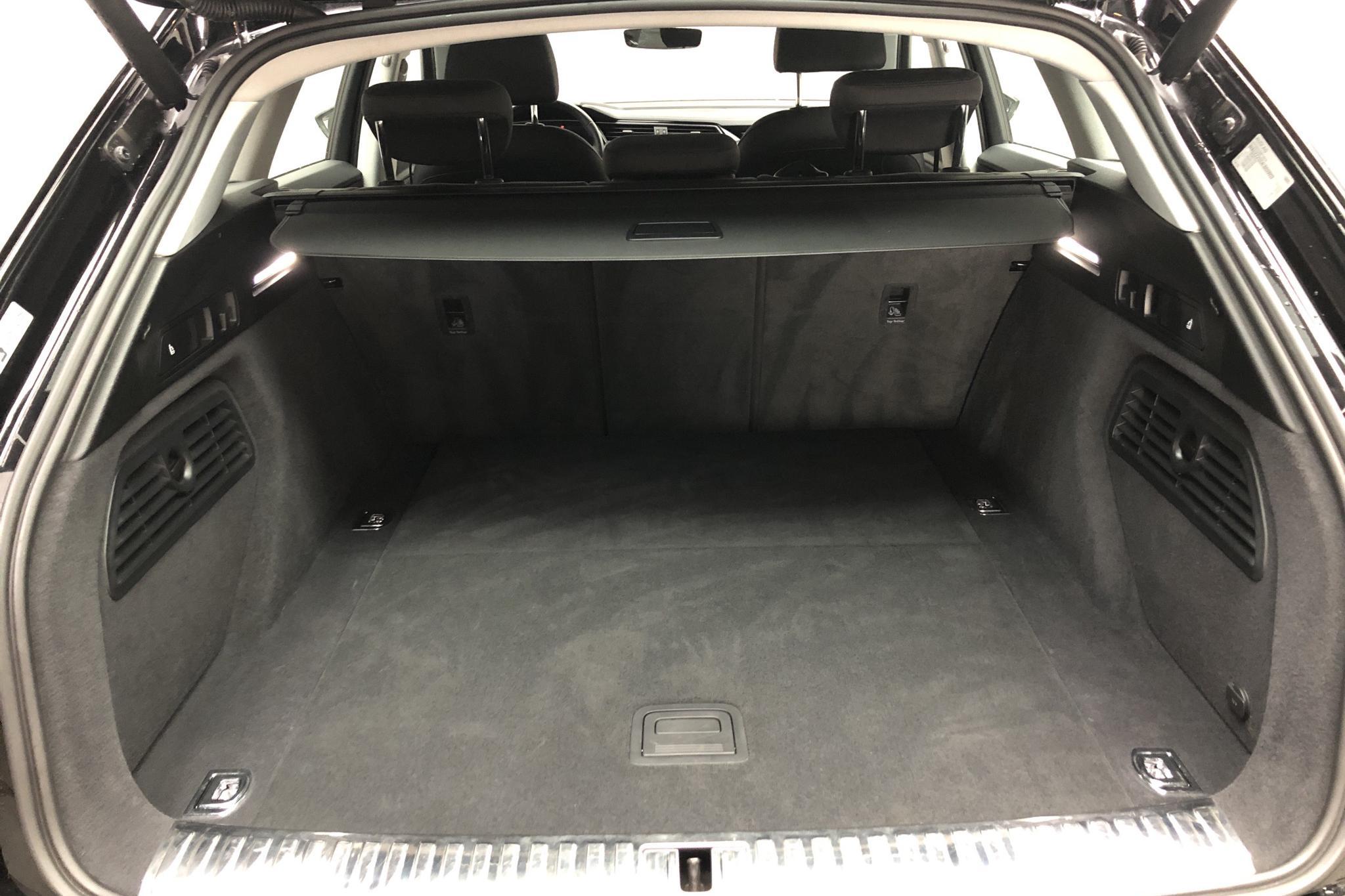 Audi e-tron 50 quattro 71 kWh (288hk) - 23 050 km - Automatic - black - 2020