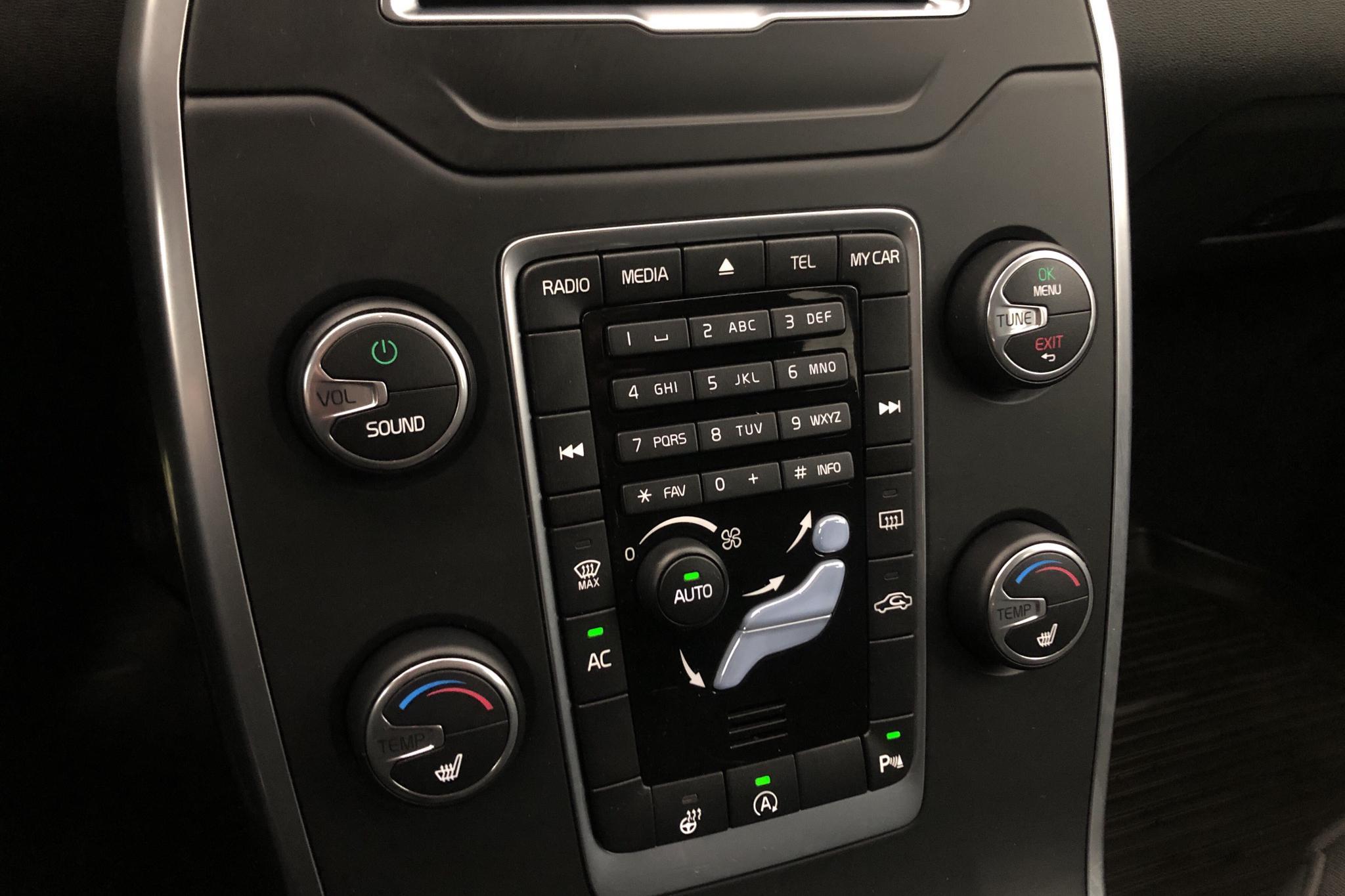 Volvo V70 II T4 (180hk) - 12 305 mil - Manuell - vit - 2014