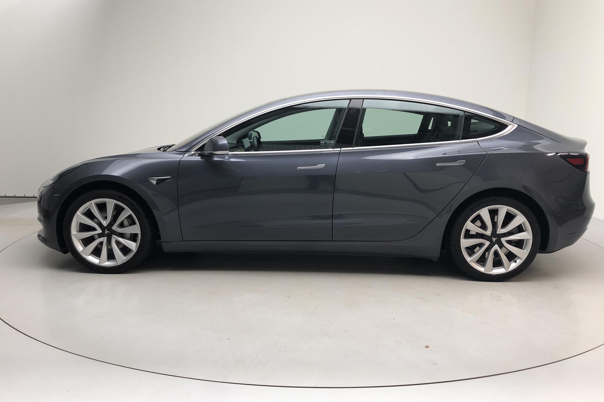 Tesla Model 3 Long Range Dual Motor AWD - 4 836 mil - Automat - grå - 2019