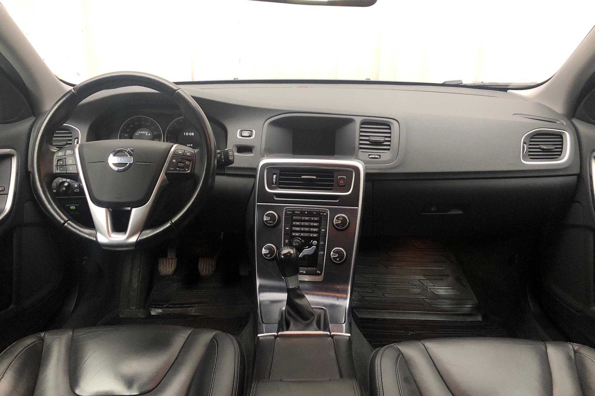 Volvo V60 D3 (163hk) - 123 920 km - Manual - blue - 2012