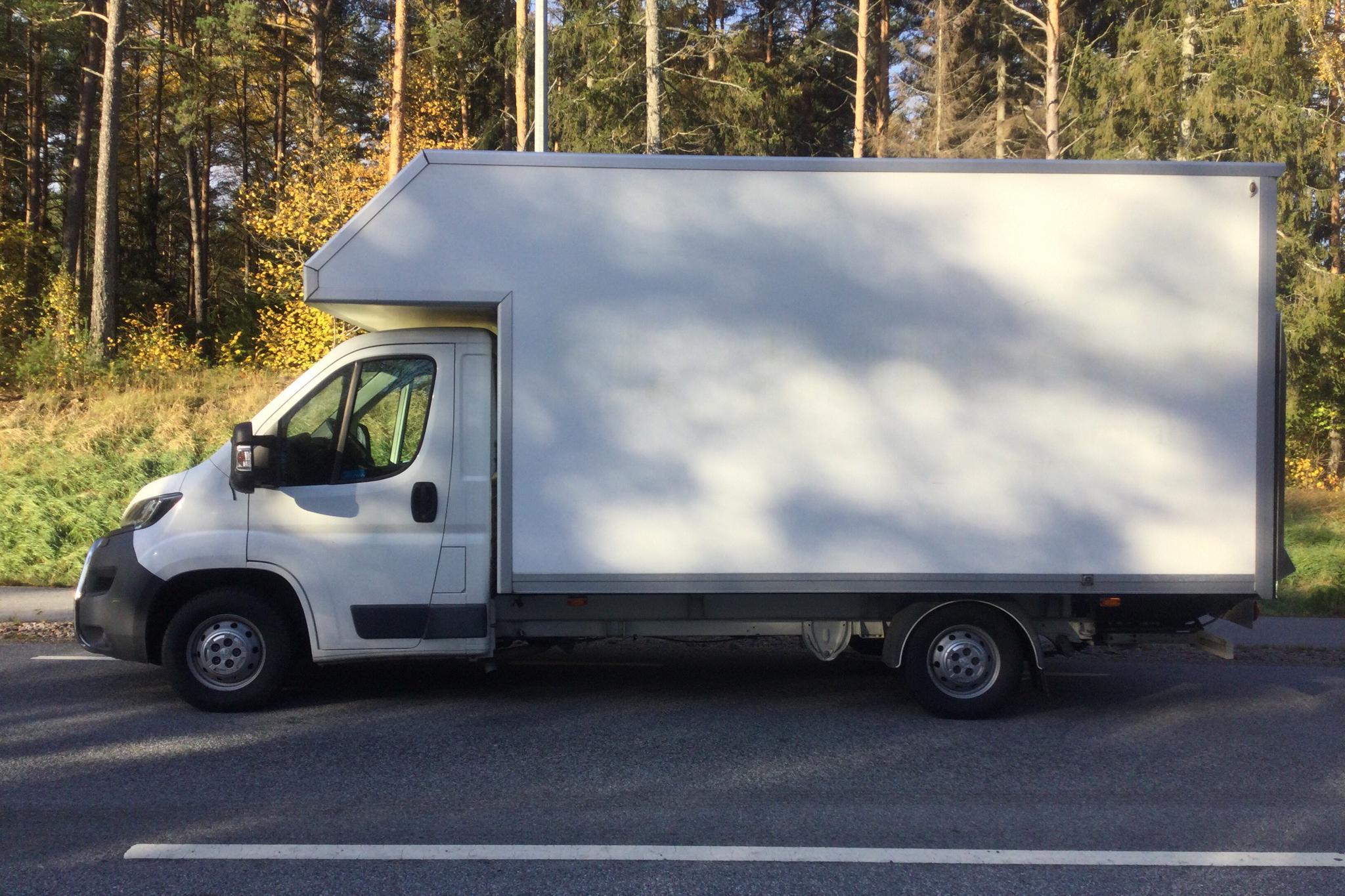 Peugeot Boxer 335 HDI BlueHDi Volymskåp (130hk) - 7 239 mil - Manuell - vit - 2017