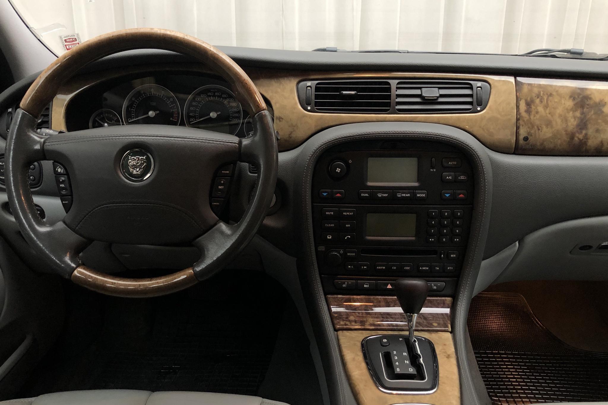 Jaguar S-type 3.0 V6 (240hk) - 16 485 mil - Automat - Dark Grey - 2005