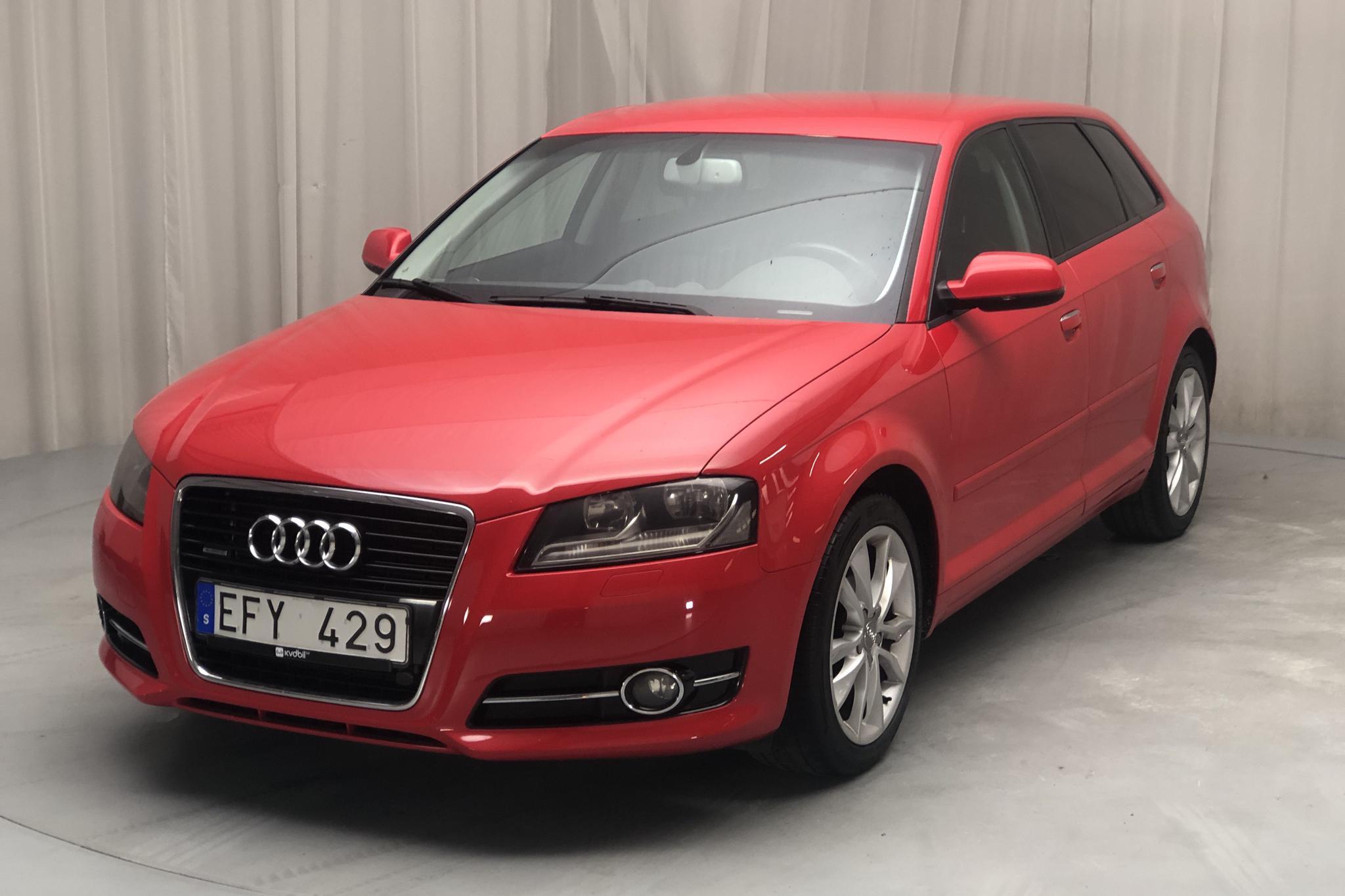 Audi A3 2.0 TDI Sportback quattro (170hk) - 16 381 mil - Manuell - röd - 2012