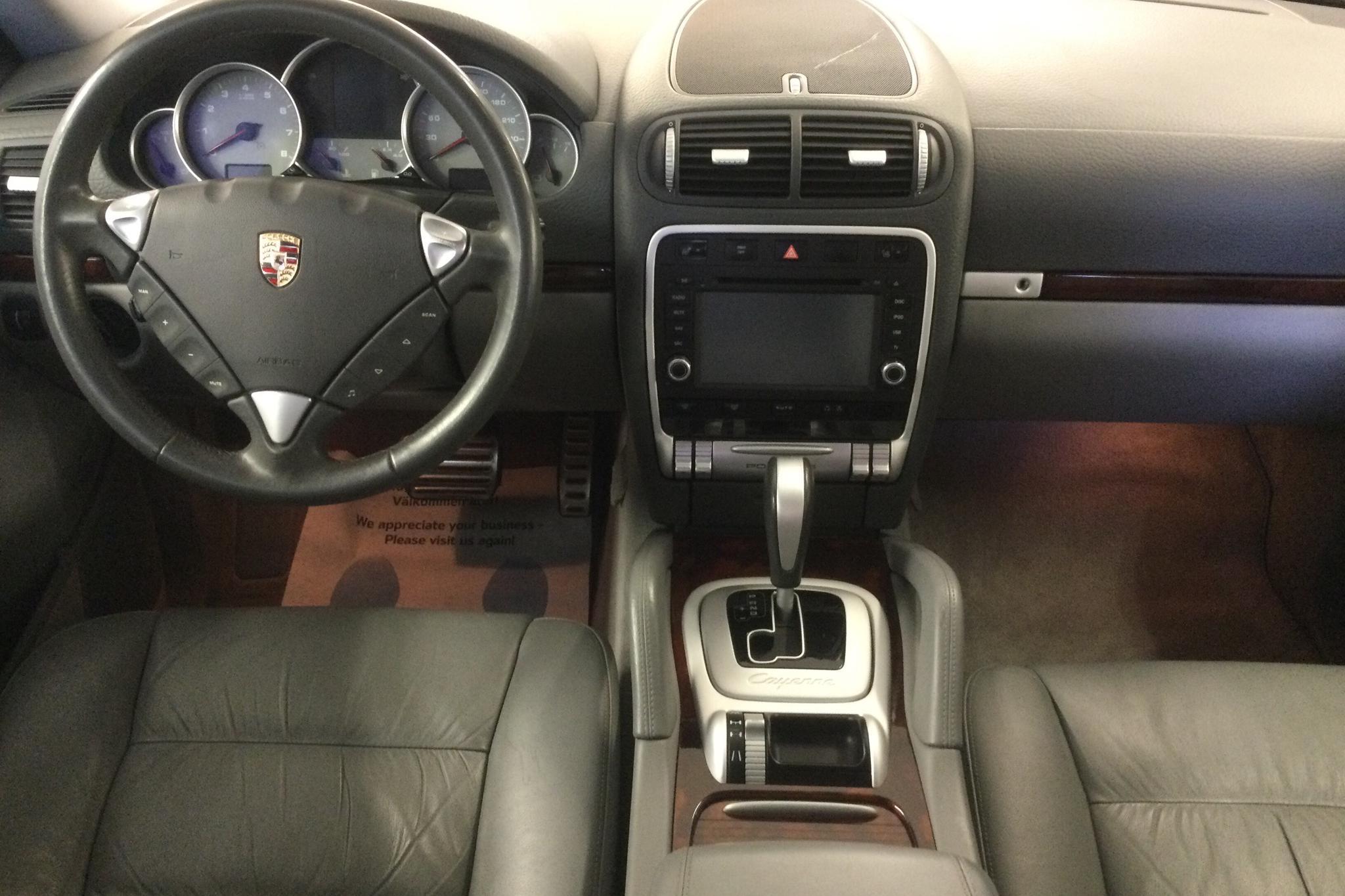 Porsche Cayenne S 4.5 (340hk) - 13 787 mil - Automat - svart - 2004