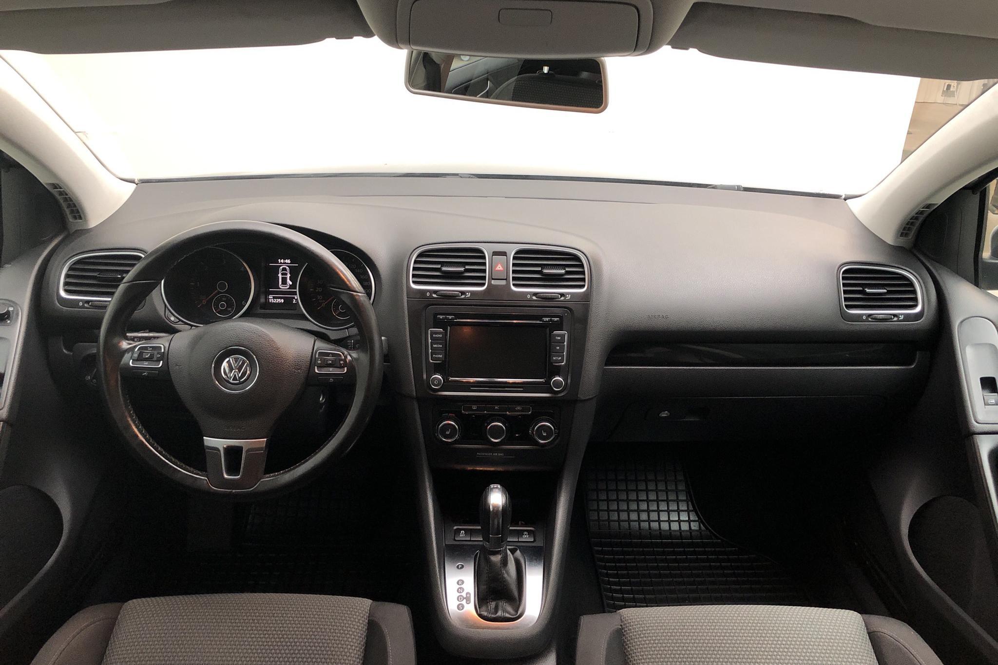 VW Golf VI 1.6 TDI BlueMotion Technology 5dr (105hk) - 15 256 mil - Automat - grå - 2012