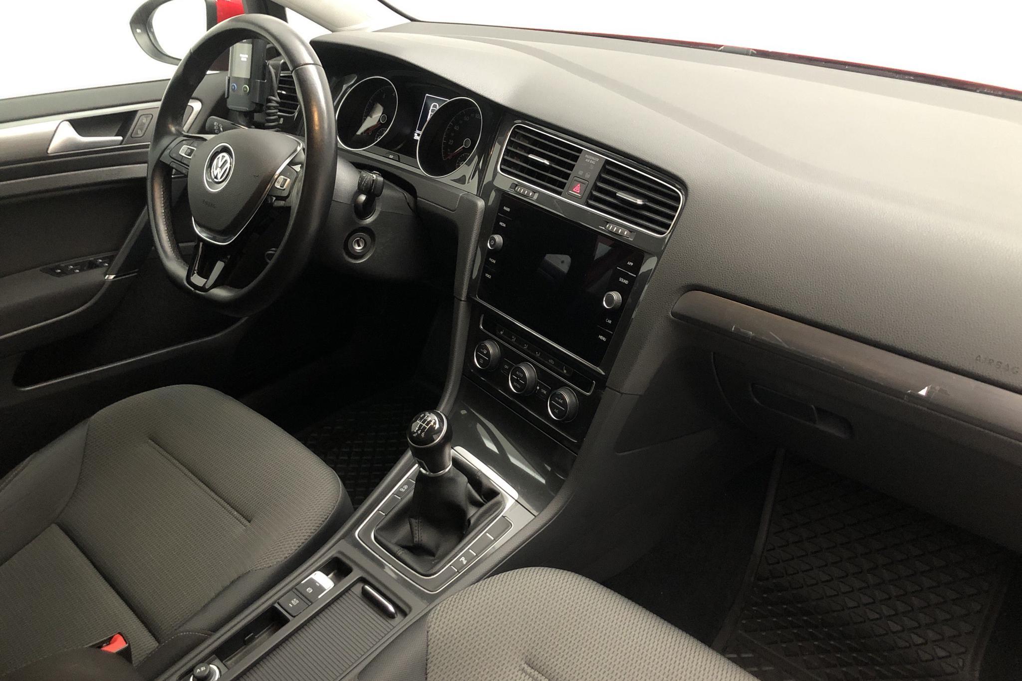 VW Golf VII 1.4 TSI Multifuel 5dr (125hk) - 2 250 mil - Manuell - röd - 2018